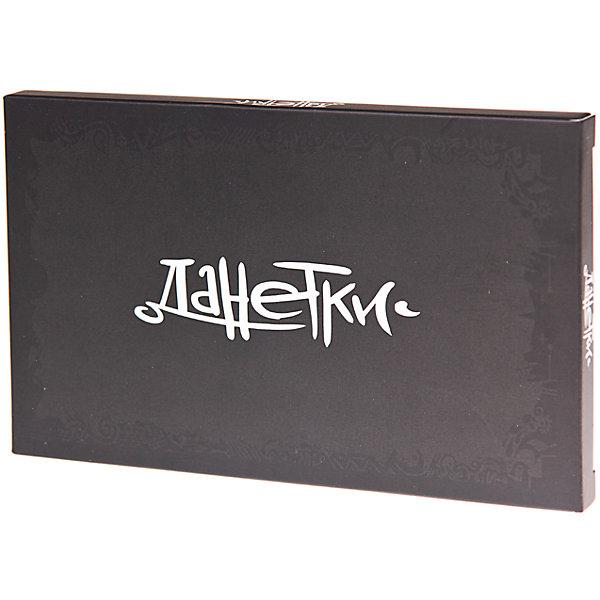 Настольная игра Данетки. Черные, МагелланНастольные игры для всей семьи<br>Характеристики товара:<br><br>• возраст от 10 лет<br>• материал: картон<br>• комплект: 22 карточки с данетками, правила.<br>• количество предполагаемых игроков: от 2-х<br>• время игры: 10-60 мин.<br>• размер упаковки 15х5х9,5 см<br>• вес упаковки 191 г.<br>• страна бренда: Россия<br>• страна производитель: Россия<br><br>Настольная игра «Данетки. Черные» Магеллан позволит весело провести время в компании друзей. В начале игры назначается ведущий, который достает одну карточку с историей. Он видит историю целиком, а остальные участники только ее часть. Им предстоит разгадать историю, задавая ведущему вопросы на «да» и «нет». За каждую отгаданную данетку начисляются баллы. Победит набравший больше всех очков. Игра развивает смекалку, сообразительность, внимательность.<br><br>Настольную игру «Данетки. Черные» Магеллан можно приобрести в нашем интернет-магазине.<br><br>Ширина мм: 150<br>Глубина мм: 95<br>Высота мм: 50<br>Вес г: 191<br>Возраст от месяцев: 120<br>Возраст до месяцев: 2147483647<br>Пол: Унисекс<br>Возраст: Детский<br>SKU: 5543760