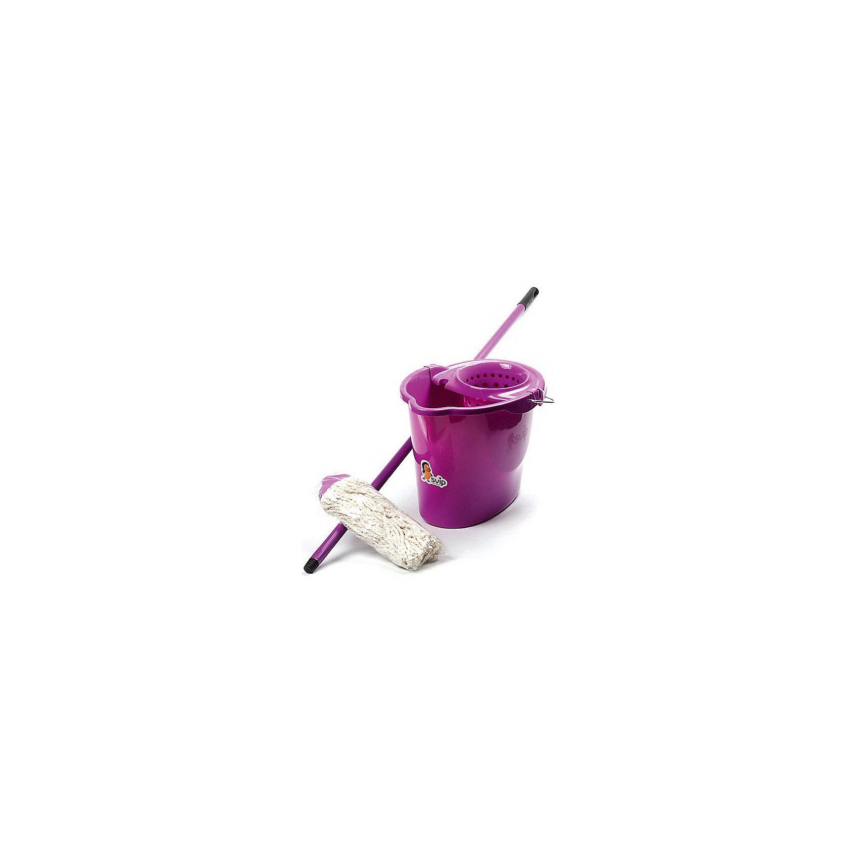 Комплект для влажной уборки МОП, SvipВанная комната<br>Комплект для влажной уборки МОП, Svip<br><br>Характеристики:<br><br>• Материал: пластик<br>• Цвет: серый<br>• В комплекте: черенок, ведро с отжимом<br>• Размер черенка: 110 см<br><br>Этот набор для влажной уборки позволит легко навести дома порядок. В комплект входит черенок длиной 110 см и современный МОП для уборки пола. Использование этого набора позволяет производить влажную уборку быстро и эффективно, так как материалы, использованные при изготовлении МОПа, не оставляют разводов при мытье, тщательно впитывают влагу и легко отжимаются.<br><br>Комплект для влажной уборки МОП, Svip можно купить в нашем интернет-магазине.<br><br>Ширина мм: 335<br>Глубина мм: 340<br>Высота мм: 1340<br>Вес г: 810<br>Возраст от месяцев: 216<br>Возраст до месяцев: 1188<br>Пол: Унисекс<br>Возраст: Детский<br>SKU: 5545649