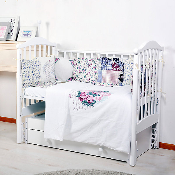 Постельное белье Прованс, 6 пред., Bambola, розовыйПостельное белье в кроватку новорождённого<br>Характеристики товара:<br><br>• возраст с рождения;<br>• материал: бязь;<br>• цвет: розовый;<br>• наволочка 40х40 см<br>• защитный бортик (12 подушек 33х33 см + 12 съемных наволочек 33х33 см)<br>• простынь на резинке 90х150 см<br>• пододеяльник 110х140 см<br>• подушка 40х40 см<br>• одеяло 110х140 см;<br>• размер упаковки 60х50х30 см;<br>• вес упаковки 2,8 кг;<br>• страна производитель: Россия.<br><br>Постельное белье Вокруг света Bambola розовое — набор постельного белья для кроватки овальной или прямоугольной формы. Белье изготовлено из качественного натурального хлопка, не вызывающего аллергических реакций у малышей.<br><br>Постельное белье Вокруг света Bambola розовое можно приобрести в нашем интернет-магазине.<br><br>Ширина мм: 600<br>Глубина мм: 500<br>Высота мм: 300<br>Вес г: 2800<br>Возраст от месяцев: 0<br>Возраст до месяцев: 36<br>Пол: Унисекс<br>Возраст: Детский<br>SKU: 5563655