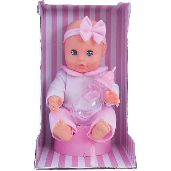 Кукла Bambolina, пьет и писает, с горшочком и бутылочкой, 33 см, DIMIANКуклы<br>Кукла Bambolina, пьет и писает, с горшочком и бутылочкой, 33 см, DIMIAN (Димиан)<br><br>Характеристики:<br><br>• реалистично пьет и писает<br>• в комплекте: кукла, бутылочка, горшок<br>• размер куклы: 33 см<br>• материал: пластик, ПВХ, текстиль<br>• размер упаковки: 28х16,5х17 см<br>• вес: 458 грамм<br><br>Прелестная кукла Bambolina - отличный подарок для маленькой принцессы. Строение куклы очень напоминает настоящего малыша. А ее выразительные глазки и пухлые щечки умиляют даже взрослых. Кукла одета в светлый комбинезон с широким воротничком розового цвета. Голову куклы украшает прелестная повязка с бантом. Bambolina похожа на малыша не только внешне. Кукла очень реалистично пьет из бутылочки и писает в свой горшок. С куклой Bambolina девочка научится проявлять заботу к младшим и почувствует себя настоящей заботливой мамочкой.<br><br>Куклу Bambolina, пьет и писает, с горшочком и бутылочкой, 33 см, DIMIAN (Димиан) можно купить в нашем интернет-магазине.<br>Ширина мм: 170; Глубина мм: 165; Высота мм: 280; Вес г: 458; Возраст от месяцев: 36; Возраст до месяцев: 2147483647; Пол: Женский; Возраст: Детский; SKU: 5571406;