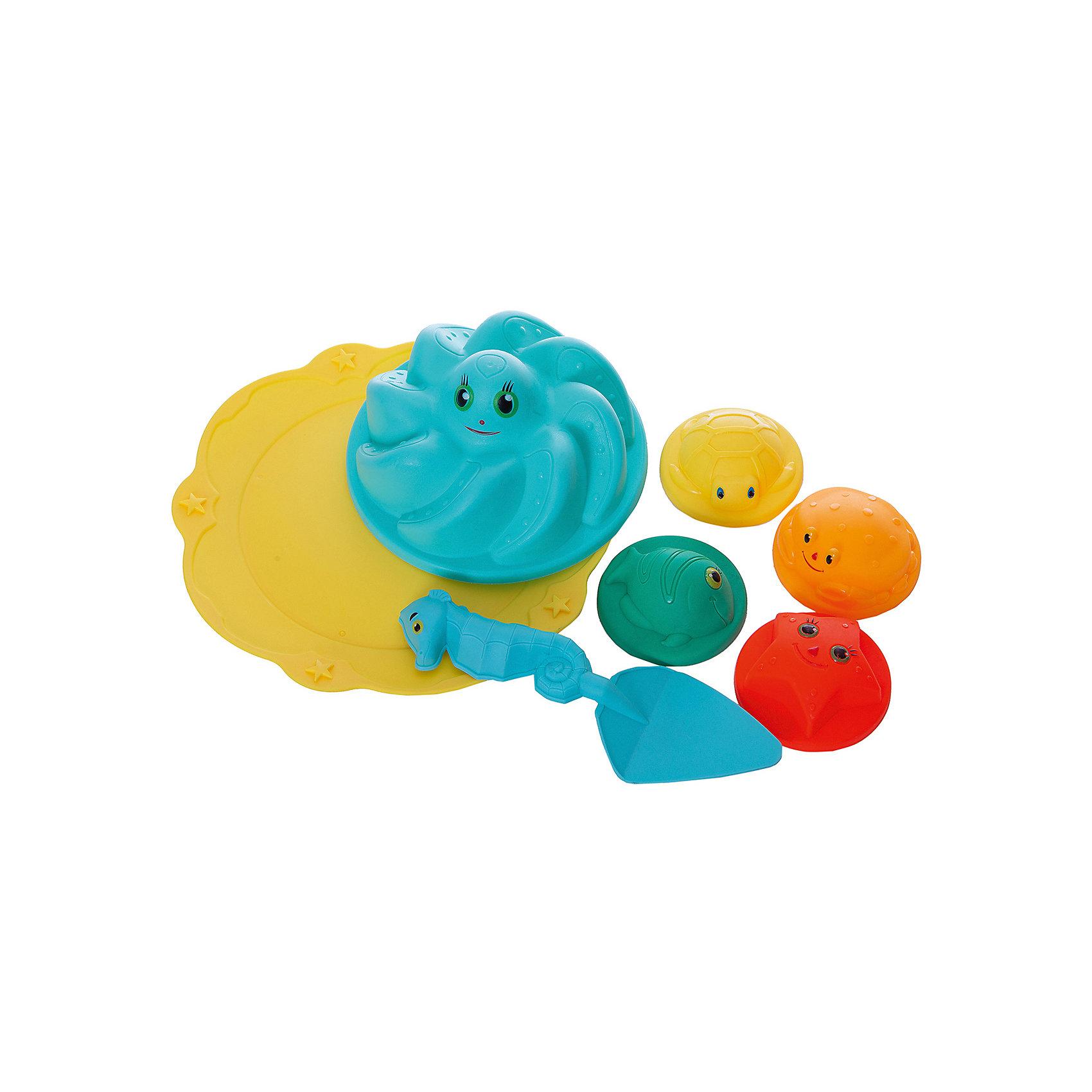 Набор для песка Лучик, 7 предметов, ABtoysИграем в песочнице<br>Набор для песка Лучик, 7 предметов, Abtoys (АБтойс)<br><br>Характеристики:<br><br>• в комплекте: 5 формочек, лопатка, подставка для формочек<br>• материал: пластик<br>• размер упаковки: 24х24х10 см<br>• вес: 170 грамм<br><br>Набор для песка Лучик изготовлен из высококачественного пластика, безопасного для детского здоровья. В комплект входят пять формочек, лопатка и подставка для формочек. Каждый предмет выполнен в виде забавного морского животного, с которым малышу непременно захочется поиграть. Набор Лучик точно  не даст заскучать во время игры!<br><br>Набор для песка Лучик, 7 предметов, Abtoys (АБтойс) можно купить в нашем интернет-магазине.<br><br>Ширина мм: 240<br>Глубина мм: 240<br>Высота мм: 100<br>Вес г: 170<br>Возраст от месяцев: 36<br>Возраст до месяцев: 2147483647<br>Пол: Унисекс<br>Возраст: Детский<br>SKU: 5571436
