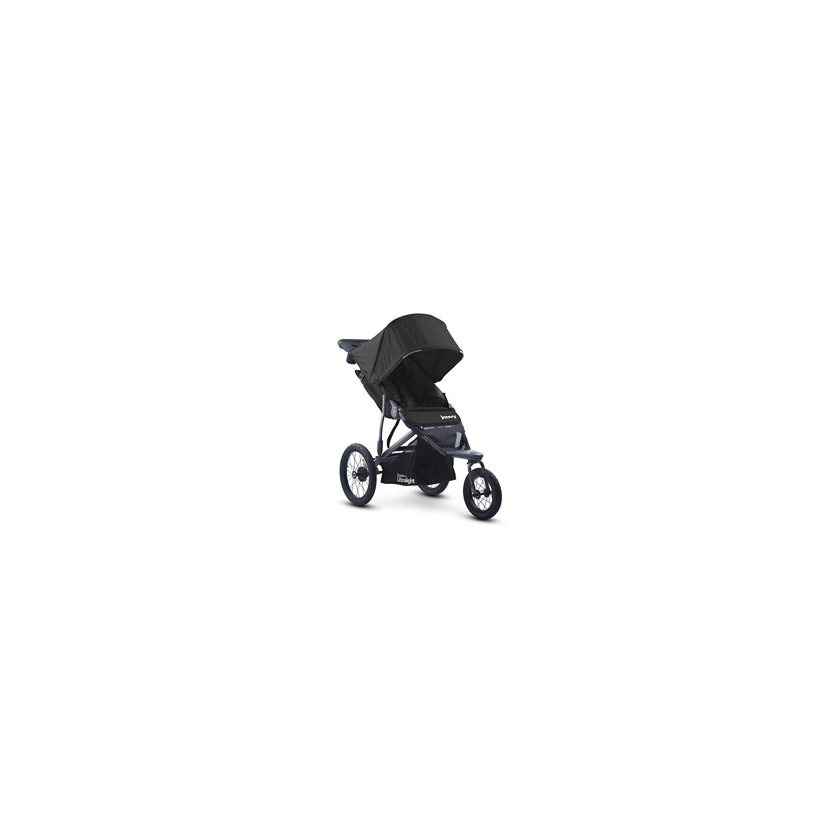 Прогулочная коляска Joovy Zoom 360 Ultralight, черныйПрогулочные коляски<br>Характеристики товара:<br><br>• возраст от 3 месяцев;<br>• плавно регулируемая ременным механизмом спинка до положения в 160 градусов;<br>• большой капюшон для защиты от непогоды и солнечных лучей;<br>• смотровое окошко на капюшоне;<br>• практичный столик-органайзер с подстаканником и отделением на молнии для ключей или телефона;<br>• сетчатый кармашек с внутренней стороны сидения;<br>• 5-ти точечные ремни безопасности;<br>• светоотражающие элементы для видимости в темное время суток;<br>• материал: полиэстер с водоотталкивающей пропиткой и защитой от УФ-лучей.<br><br>Прогулочная коляска Joovy Zoom 360 Ultralight черная — отличный вариант для родителей, ведущих активный образ жизни. С ней можно отправиться не только на прогулку в парк, но и на природу, в путешествие, в поход и даже заниматься бегом. Коляска отличается проходимостью и хорошей маневренностью. Просторное сидение обеспечит малышу комфортную прогулку. Капюшон надежно защитит от дождя и палящего солнца. Для родителей предусмотрен удобный аксессуар на ручке — столик с 2 подстаканниками и небольшим отсеком на молнии для мелочей. Ручка родителей обтянута противоскользящим материалом. Хорошая проходимость достигается благодаря большим задним надувным колесам.<br><br>Шасси коляски:<br><br>• прочная рама из авиационного алюминия;<br>• тип складывания: книжка;<br>• диаметр переднего колеса 30 см, задних колес 40 см;<br>• тип колес: надувные;<br>• переднее поворотное колесо с возможностью блокировки;<br>• ширина колесной базы 63,5 см;<br>• стояночный тормоз;<br>• пружинные амортизаторы;<br>• вместительная корзина для покупок.<br><br>Размер коляски в разложенном виде 137х117х63,5 см<br>Размер коляски в сложенном виде 86х63,5х48 см<br>Вес коляски 11,5 кг<br>Размер упаковки 86х63,5х48 см<br>Вес упаковки 11,5 кг<br><br>Комплектация:<br><br>• прогулочный блок;<br>• органайзер;<br>• насос;<br>• инструкция.<br><br>Прогулочную коляску Joovy Zoom 