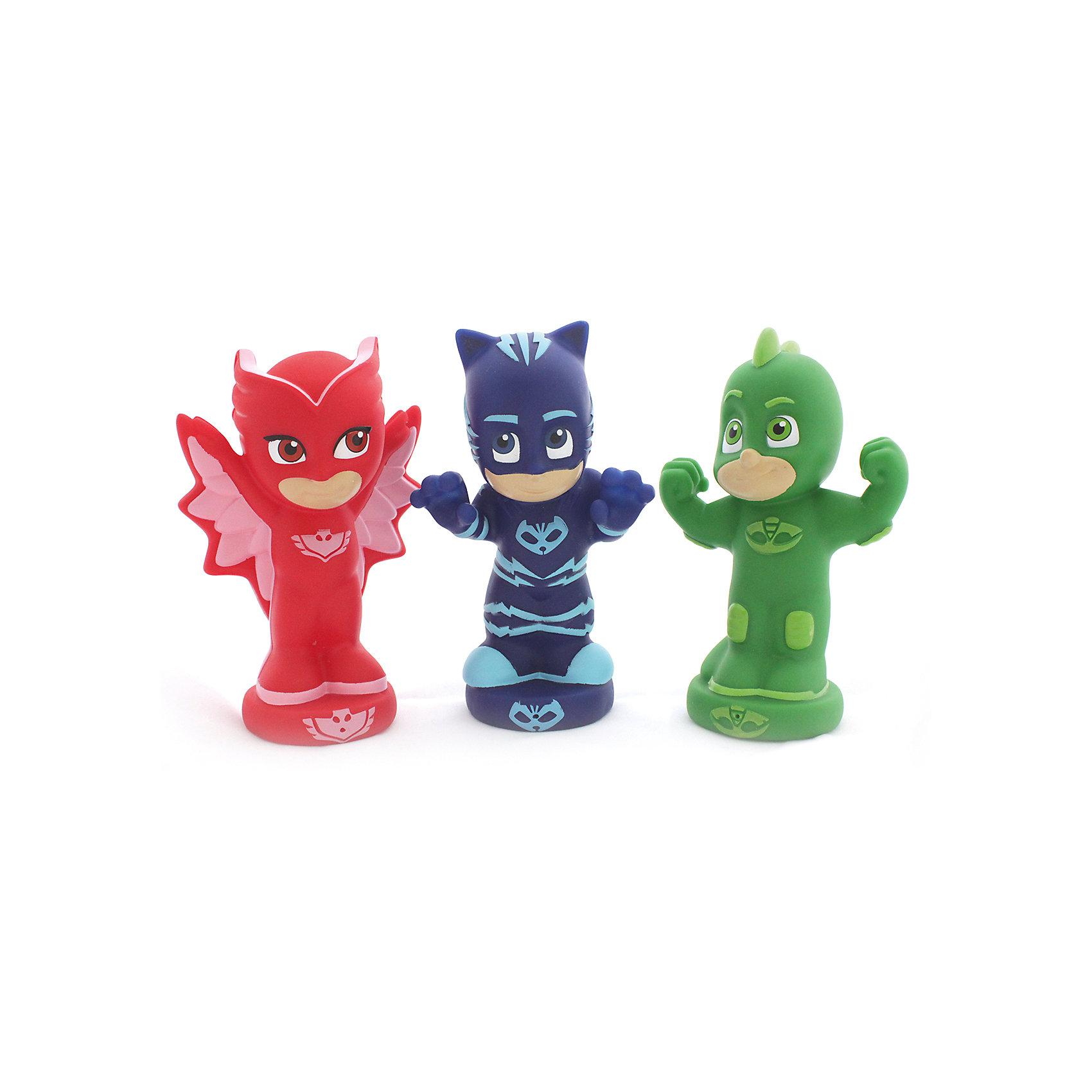 Игровой набор для ванной Герои в масках, 3 фигурки, 13 см.Герои в масках<br>Крутые персонажи мультфильма Герои в масках, забавно брызгающиеся водой, превратят купание вашего ребенка в увлекательное приключение и помогут развивать ему воображение, речь, цветовое и тактильное восприятие. И, конечно, подарят малышу удовольствие от веселой игры с любимыми героями.&#13;<br>В игровом наборе для ванной Герои в масках 3 фигурки высотой 13 см: Алетт, Кэтбой, Гекко. Игрушки выполнены из высококачественного пластизоля. Товар сертифицирован. Упаковка - блистер.<br><br>Ширина мм: 252<br>Глубина мм: 175<br>Высота мм: 65<br>Вес г: 293<br>Возраст от месяцев: 36<br>Возраст до месяцев: 2147483647<br>Пол: Унисекс<br>Возраст: Детский<br>SKU: 5577973
