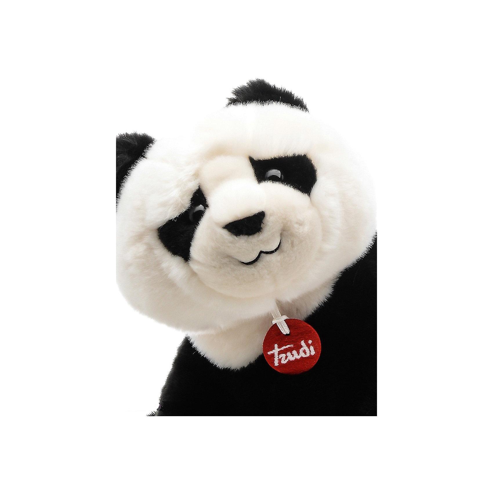 Панда Кевин, 34 см, сидячая, TrudiМедвежата<br>Характеристики товара:<br><br>• возраст от 1 года;<br>• материал: искусственный мех, пластик;<br>• высота игрушки 34 см;<br>• размер упаковки 22х20х29 см;<br>• вес упаковки 300 гр.;<br>• страна производитель Индонезия.<br><br>Панда сидячая Кевин Trudi — мягкая игрушка для детей от 1 года, с которой можно поиграть или взять ее с собой в кроватку. Панда выполнена из мягкого материала, ее приятно обнимать. У Кевина добрые глазки и черно-белый окрас. Игрушку можно стирать в стиральной машине при температуре 30 градусов. Изготовлена из качественного безвредного материала.<br><br>Панду сидячую Кевин Trudi можно приобрести в нашем интернет-магазине.<br><br>Ширина мм: 220<br>Глубина мм: 200<br>Высота мм: 290<br>Вес г: 300<br>Возраст от месяцев: 12<br>Возраст до месяцев: 2147483647<br>Пол: Унисекс<br>Возраст: Детский<br>SKU: 5578408