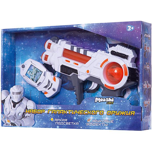 Игровой набор Галактическая миссия, Mioshi ArmyИгрушечное оружие<br>Характеристики товара:<br><br>• возраст от 3 лет;<br>• материал: пластик;<br>• в комплекте: бластер, стреляющий браслет, диски, 3 батарейки AG13;<br>• работает от 3 батареек АА (в комплект не входят) и 3 батареек AG13 (в комплекте);;<br>• размер упаковки 33х22х5,6 см;<br>• вес упаковки 312 гр.;<br>• страна производитель: Китай.<br><br>Игровой набор «Галактическая миссия» Mioshi Army позволит мальчишкам отправится в космические приключения и устроить захватывающие галактические бои. Бластер оснащен световыми и звуковыми эффектами, которые делают игру еще увлекательней. Браслет стреляет специальными дисками. <br><br>Игровой набор «Галактическая миссия» Mioshi Army можно приобрести в нашем интернет-магазине.<br>Ширина мм: 330; Глубина мм: 220; Высота мм: 56; Вес г: 312; Возраст от месяцев: 36; Возраст до месяцев: 72; Пол: Мужской; Возраст: Детский; SKU: 5581232;