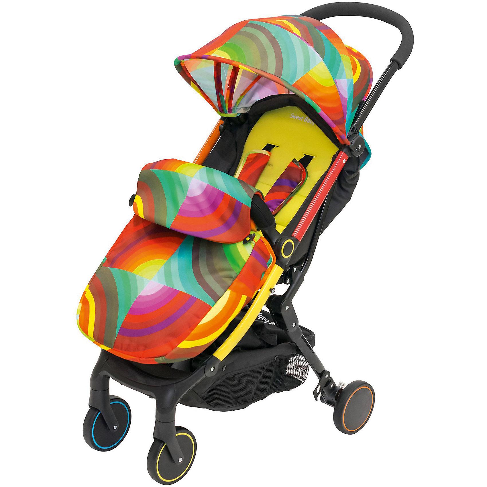 Прогулочная коляска Sweet Baby Combina Tutto, АrcobalenoПрогулочные коляски<br>Характеристики товара:<br><br>• цвет: Аrcobaleno<br>• алюминиевая рама.<br>• 5-ти точечные ремни безопасности с мягкими плечевыми накладками<br>• ручка коляски покрыта съемным чехлом<br>• высокие бортики позволяют использовать коляску в качестве люльки<br>• 4 положения подножки<br>• горизонтальное положение подножки<br>• на капюшоне есть смотровое окошко<br>• съемный бампер (чехол снимается)<br>• накидка на ножки<br>• дождевик<br>• москитная сетка<br>• сумка-чехол<br>• передние колеса поворотные (d14см)<br>• корзина для покупок с отделением на молнии<br>• размер коляски: 80х50х105 см<br>• спальное место: 58х35х25 см<br>• размер в сложенном виде: 50х48х18 см<br>• вес: 7,5 кг<br><br>Прогулочная коляска Combina Tutto является представителем круизной коллекции от Sweet Baby, имеющей небольшой вес и компактный размер, что идеально для активных родителей, путешествующих с ребенком. В сложенном виде она очень компактна и без труда влезет в багажник или на полку самолета. Модель легко складывается и убирается в специальную сумку, которую удобно переносить и брать с собой в путешествие.<br><br>Спинка коляски имеет многоступенчатую регулировку. Малыш будет постепенно расти и научится сидеть.Спинка регулируется ремнем в любом положении, включая горизонтальное.<br><br>В коляске отсутствует задняя перекладина. Это делает модель легкой и удобной для родителей, ведь вы больше не будете спотыкаться во время прогулки!<br><br>Прогулочную коляску Sweet Baby Combina Tutto можно купить в нашем интернет-магазине.<br><br>Ширина мм: 440<br>Глубина мм: 520<br>Высота мм: 235<br>Вес г: 9400<br>Возраст от месяцев: 0<br>Возраст до месяцев: 36<br>Пол: Унисекс<br>Возраст: Детский<br>SKU: 5583551