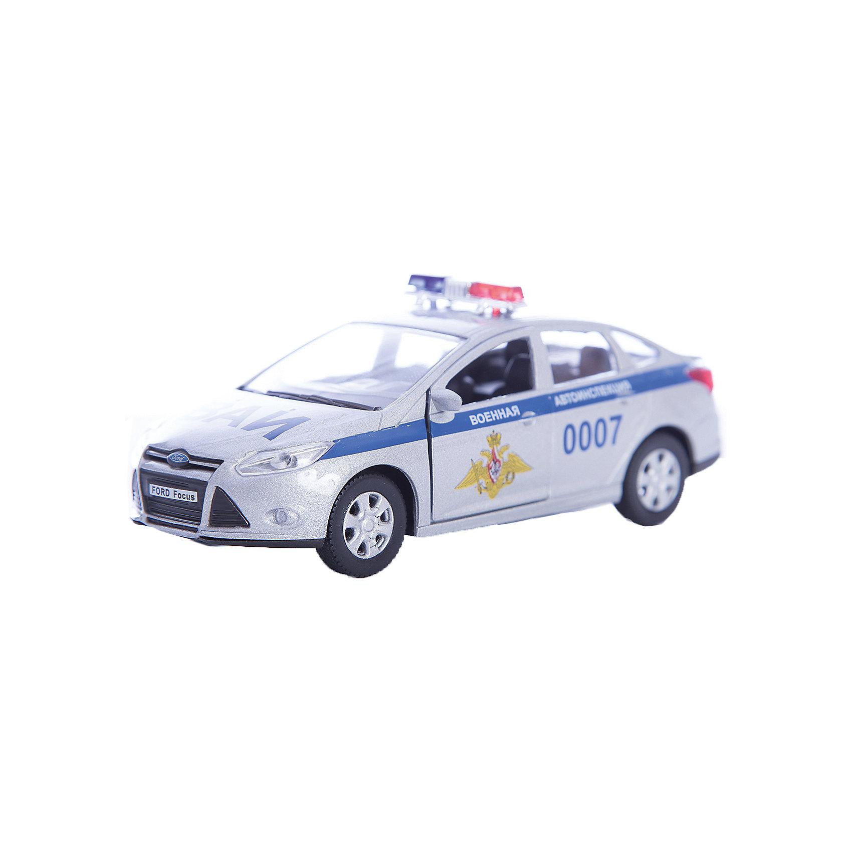 Машинка Ford Focus ВАИ 1:36, AutotimeМашинки<br>Машинка Ford Focus ВАИ 1:36, Autotime (Автотайм).<br><br>Характеристики:<br><br>• Масштаб 1:36<br>• Материал: металл, пластик<br>• Цвет: серебристый<br>• Упаковка: картонная коробка блистерного типа<br>• Размер упаковки: 16,5x5,7x7,2 см.<br><br>Машинка Ford Focus ВАИ от Autotime (Автотайм) является уменьшенной копией автомобиля Военной автомобильной инспекции Вооруженных Сил Российской Федерации. Модель с символикой Военной автомобильной инспекции, оборудованная красно-синими спецсигналами на крыше, отличается высокой степенью детализации. Корпус машинки изготовлен из металла, а все дополнительные элементы из пластика. Передние двери открываются, что позволяет рассмотреть салон изнутри в деталях. Машинка оснащена инерционным механизмом. Машинка Ford Focus ВАИ станет хорошим подарком и ребенку, и коллекционеру моделей автомобилей.<br><br>Машинку Ford Focus ВАИ 1:36, Autotime (Автотайм) можно купить в нашем интернет-магазине.<br><br>Ширина мм: 165<br>Глубина мм: 57<br>Высота мм: 75<br>Вес г: 13<br>Возраст от месяцев: 36<br>Возраст до месяцев: 2147483647<br>Пол: Мужской<br>Возраст: Детский<br>SKU: 5583865