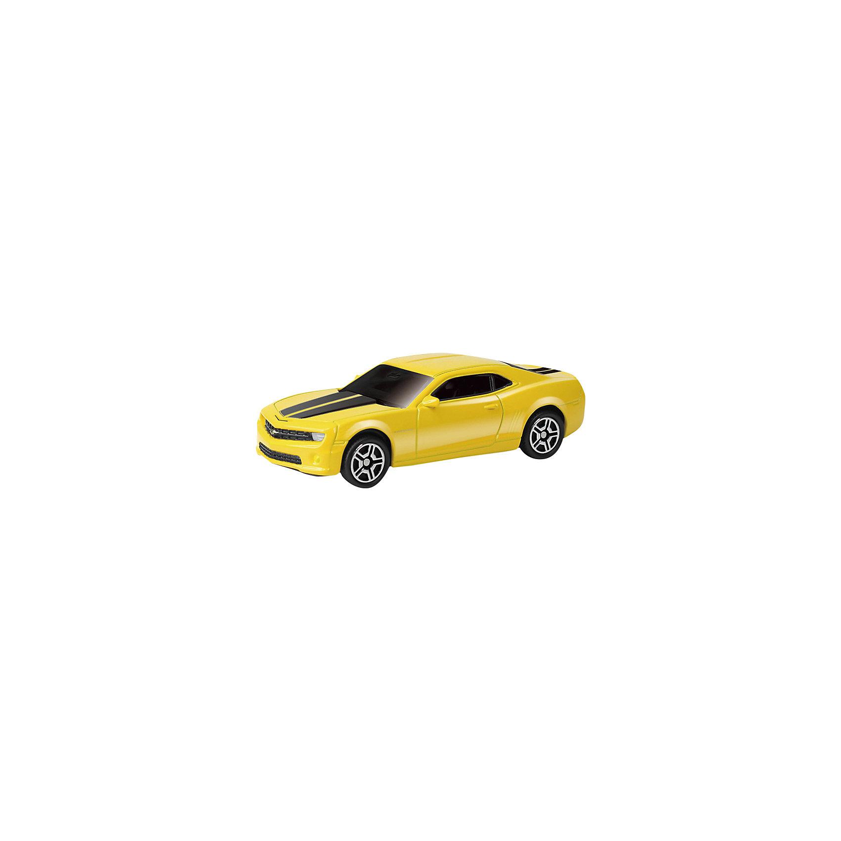 Машинка Audi R8 V10 Jeans 3, AutotimeМашинки<br>Характеристики товара:<br><br>• цвет: в ассортименте<br>• возраст: от 3 лет<br>• материал: металл, пластик<br>• масштаб: 1:64<br>• колеса вращаются<br>• размер упаковки: 9х4х4 см<br>• вес с упаковкой: 100 г<br>• страна бренда: Россия, Китай<br>• страна изготовитель: Китай<br><br>Такая коллекционная машинка отличается высокой детализацией. Это - миниатюрная копия реально существующей модели.<br><br>Сделана машинка из прочного и безопасного материала. Модель с вращающимися колесами.<br><br>Машинку «Audi R8 V10» Jeans 3, Autotime (Автотайм) можно купить в нашем интернет-магазине.<br><br>Ширина мм: 90<br>Глубина мм: 42<br>Высота мм: 40<br>Вес г: 14<br>Возраст от месяцев: 36<br>Возраст до месяцев: 2147483647<br>Пол: Мужской<br>Возраст: Детский<br>SKU: 5584061