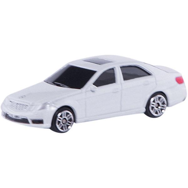 Машинка Mercedes-Benz E63 AMG Jeans 3, AutotimeМашинки<br>Характеристики товара:<br><br>• цвет: в ассортименте<br>• возраст: от 3 лет<br>• материал: металл, пластик<br>• масштаб: 1:64<br>• колеса вращаются<br>• размер упаковки: 9х4х4 см<br>• вес с упаковкой: 100 г<br>• страна бренда: Россия, Китай<br>• страна изготовитель: Китай<br><br>Эта отлично детализированная машинка является коллекционной моделью. Это - миниатюрная копия реально существующей модели.<br><br>Сделана машинка из прочного и безопасного материала. Модель с вращающимися колесами.<br><br>Машинку «Mercedes-Benz E63 AMG» Jeans 3, Autotime (Автотайм) можно купить в нашем интернет-магазине.<br>Ширина мм: 90; Глубина мм: 42; Высота мм: 40; Вес г: 14; Возраст от месяцев: 36; Возраст до месяцев: 2147483647; Пол: Мужской; Возраст: Детский; SKU: 5584067;
