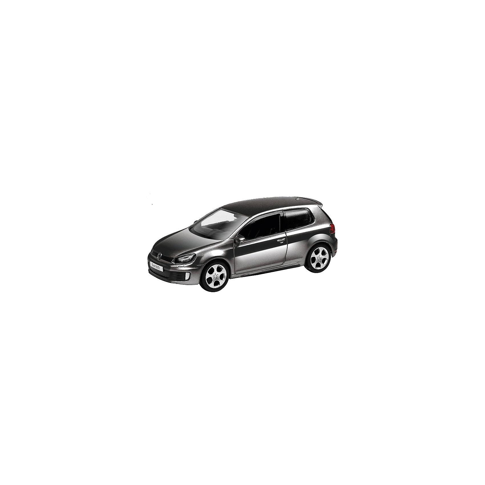 Машинка Volkswagen Golf GTI 4, AutotimeМашинки<br>Характеристики товара:<br><br>• цвет: в ассортименте<br>• возраст: от 3 лет<br>• материал: металл, пластик<br>• масштаб: 1:43<br>• крутятся колеса<br>• размер упаковки: 16х6х7 см<br>• вес с упаковкой: 100 г<br>• страна бренда: Россия, Китай<br>• страна изготовитель: Китай<br><br>Эта коллекционная модель машинки отличается высокой детализацией. Окна - прозрачные, поэтому через них можно увидеть салон.<br><br>Машинка произведена из прочного и безопасного материала. <br><br>Машинку «Volkswagen Golf GTI 4», Autotime (Автотайм) можно купить в нашем интернет-магазине.<br><br>Ширина мм: 165<br>Глубина мм: 57<br>Высота мм: 75<br>Вес г: 13<br>Возраст от месяцев: 36<br>Возраст до месяцев: 2147483647<br>Пол: Мужской<br>Возраст: Детский<br>SKU: 5584095