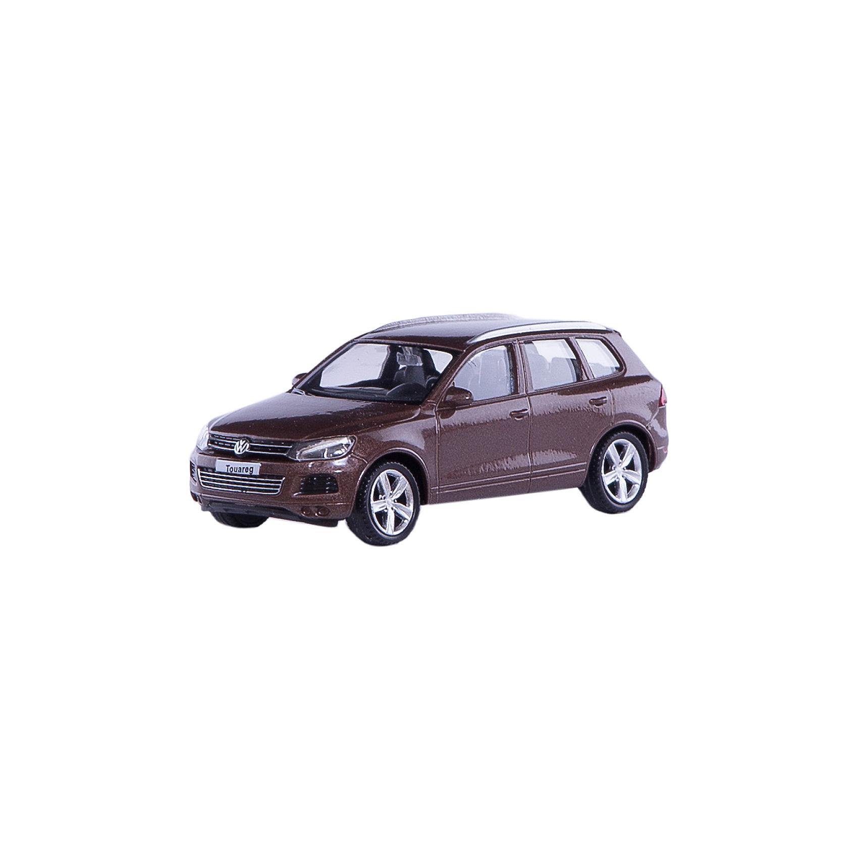 Машинка Volkswagen Touareg 4, AutotimeМашинки<br>Характеристики товара:<br><br>• цвет: коричневый<br>• возраст: от 3 лет<br>• материал: металл, пластик<br>• масштаб: 1:43<br>• колеса вращаются<br>• размер упаковки: 16х6х7 см<br>• вес с упаковкой: 100 г<br>• страна бренда: Россия, Китай<br>• страна изготовитель: Китай<br><br>Такая машинка представляет собой миниатюрную копию реально существующей модели. Она отличается высокой детализацией, является коллекционной моделью. <br><br>Сделана машинка из прочного и безопасного материала. Корпус - из металла. Благодаря прозрачным стеклам виден подробно проработанный салон.<br><br>Машинку «Volkswagen Touareg 4» 1:43, Autotime (Автотайм) можно купить в нашем интернет-магазине.<br><br>Ширина мм: 165<br>Глубина мм: 57<br>Высота мм: 75<br>Вес г: 13<br>Возраст от месяцев: 36<br>Возраст до месяцев: 2147483647<br>Пол: Мужской<br>Возраст: Детский<br>SKU: 5584096