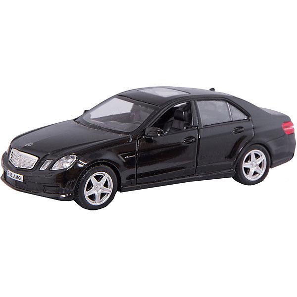 Машинка Mercedes-Benz E63 AMG 5, AutotimeМашинки<br>Характеристики товара:<br><br>• цвет: черный, белый<br>• возраст: от 3 лет<br>• материал: металл, пластик<br>• масштаб: 1:32<br>• двери открываются<br>• размер упаковки: 16х7х7 см<br>• вес с упаковкой: 100 г<br>• страна бренда: Россия, Китай<br>• страна изготовитель: Китай<br><br>Эта модель представляет собой миниатюрную копию реально существующей машины. Она отличается высокой детализацией, является коллекционной моделью. <br><br>Сделана машинка из прочного и безопасного материала. Корпус - из металла. Благодаря прозрачным стеклам виден подробно проработанный салон.<br><br>Машинку «Mercedes-Benz E63 AMG 5», Autotime (Автотайм) можно купить в нашем интернет-магазине.<br><br>Ширина мм: 165<br>Глубина мм: 57<br>Высота мм: 75<br>Вес г: 13<br>Возраст от месяцев: 36<br>Возраст до месяцев: 2147483647<br>Пол: Мужской<br>Возраст: Детский<br>SKU: 5584108