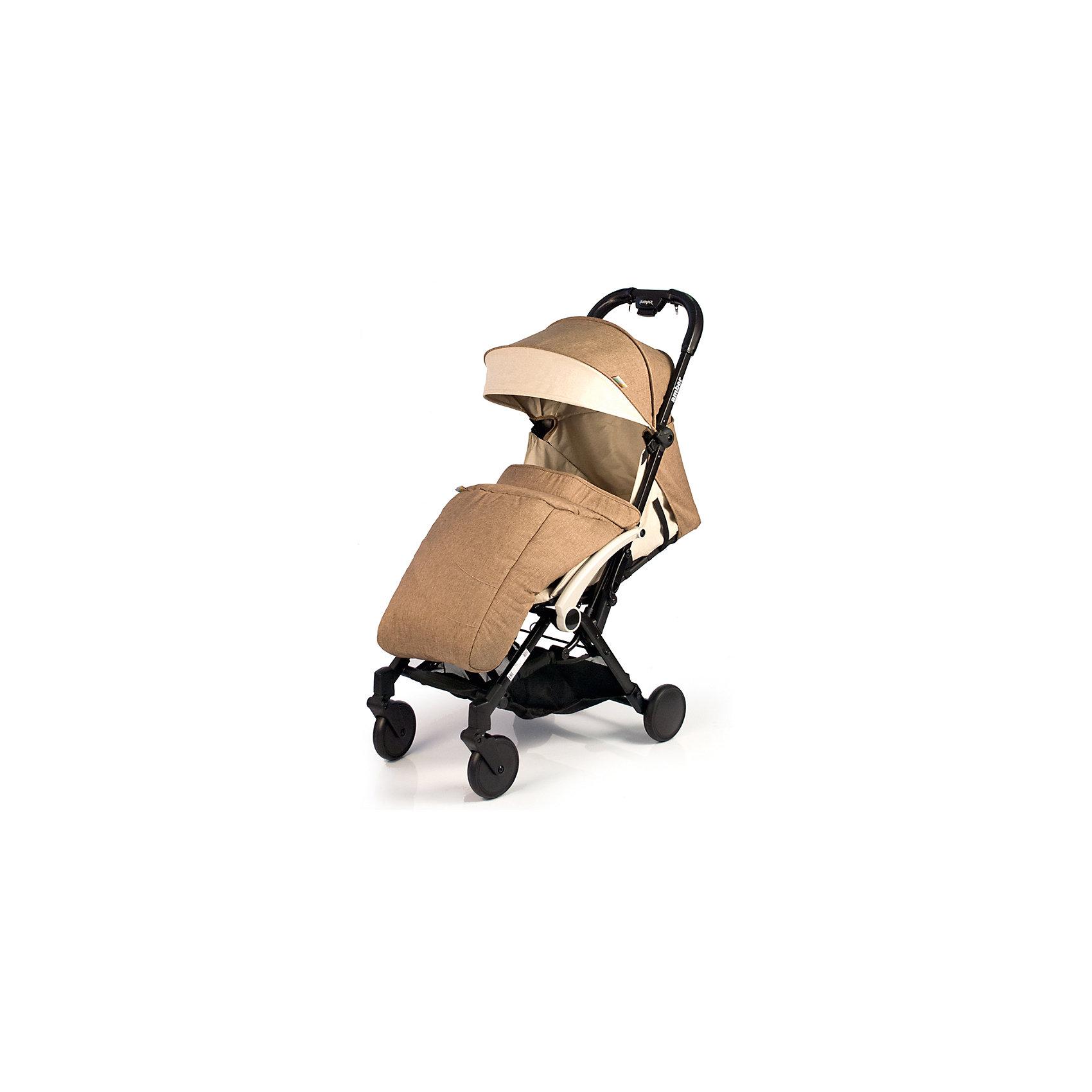 Прогулочная коляска BabyHit Amber 2017, бежевыйПрогулочные коляски<br>Идеальная коляска для путешествий!<br>Компактна в сложенном виде.<br>Ручка с чехлами из эко-кожи<br>Одинарные передние поворотные колеса<br>Алюминиевая рама<br>Съемный поручень с разделителем для ножек<br>Регулируемая до положения «лежа» спинка<br>5-ти точечная система ремней безопасности<br>Багажная корзина<br>В комплекте: полог, дождевик, москитная сетка, сумка-чехол.<br><br>Характеристика:<br>Размеры в разложенном виде: 85 х 47 х 104 см (Д х Ш х В)<br>Размеры в сложенном виде: 54 х 47 х 32 см (Д х Ш х В)<br>Ширина сиденья: 32 см<br>Длина сиденья: 27 см<br>Высота спинки: 42 см<br>Высота до ручки: 104 см<br>Диаметр колес: 13,5 см<br>Вес: 6,7 кг<br><br>Отличительные особенности обновленной Babyhit Amber: ручка с чехлами из эко-кожи, повышенная плотность ткани, сумка чехол для коляски в комплекте.<br><br>Ширина мм: 465<br>Глубина мм: 255<br>Высота мм: 570<br>Вес г: 7600<br>Возраст от месяцев: 6<br>Возраст до месяцев: 36<br>Пол: Унисекс<br>Возраст: Детский<br>SKU: 5584572