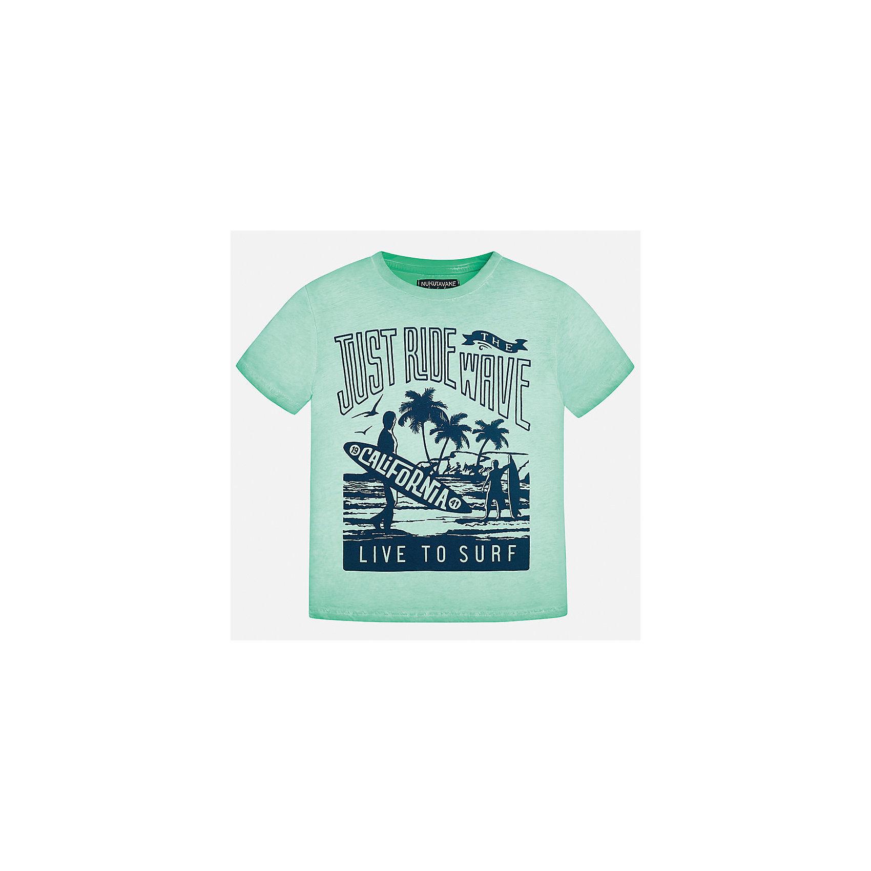 Футболка для мальчика MayoralФутболки, поло и топы<br>Характеристики товара:<br><br>• цвет: мятный<br>• состав: 100% хлопок<br>• принт<br>• комфортная посадка<br>• короткие рукава<br>• округлый горловой вырез<br>• страна бренда: Испания<br><br>Стильная качественная футболка для мальчика поможет разнообразить гардероб ребенка и украсить наряд. В составе ткани преобладает натуральный хлопок, гипоаллергенный, приятный на ощупь, дышащий.<br><br>Футболку для мальчика от испанского бренда Mayoral (Майорал) можно купить в нашем интернет-магазине.<br><br>Ширина мм: 199<br>Глубина мм: 10<br>Высота мм: 161<br>Вес г: 151<br>Цвет: голубой<br>Возраст от месяцев: 144<br>Возраст до месяцев: 156<br>Пол: Мужской<br>Возраст: Детский<br>Размер: 158,128/134,140,152<br>SKU: 5587470