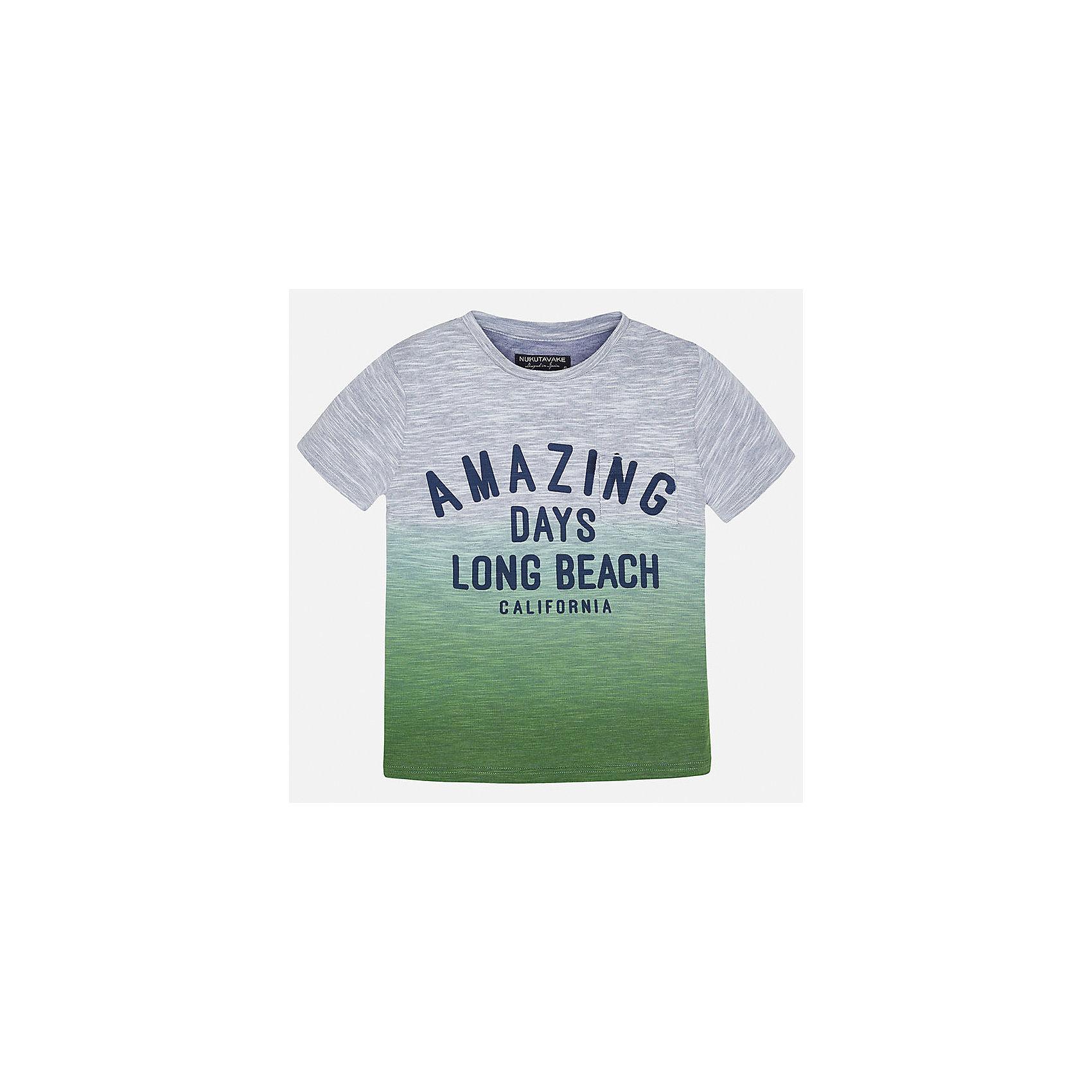 Футболка для мальчика MayoralФутболки, поло и топы<br>Характеристики товара:<br><br>• цвет: серый/зелёный<br>• состав: 55% полиэстер, 45% хлопок<br>• принт<br>• комфортная посадка<br>• короткие рукава<br>• округлый горловой вырез<br>• страна бренда: Испания<br><br>Стильная качественная футболка для мальчика поможет разнообразить гардероб ребенка и украсить наряд. В составе ткани преобладает натуральный хлопок, гипоаллергенный, приятный на ощупь, дышащий.<br><br>Футболку для мальчика от испанского бренда Mayoral (Майорал) можно купить в нашем интернет-магазине.<br><br>Ширина мм: 199<br>Глубина мм: 10<br>Высота мм: 161<br>Вес г: 151<br>Цвет: зеленый<br>Возраст от месяцев: 144<br>Возраст до месяцев: 156<br>Пол: Мужской<br>Возраст: Детский<br>Размер: 158,128/134,152,140<br>SKU: 5587475