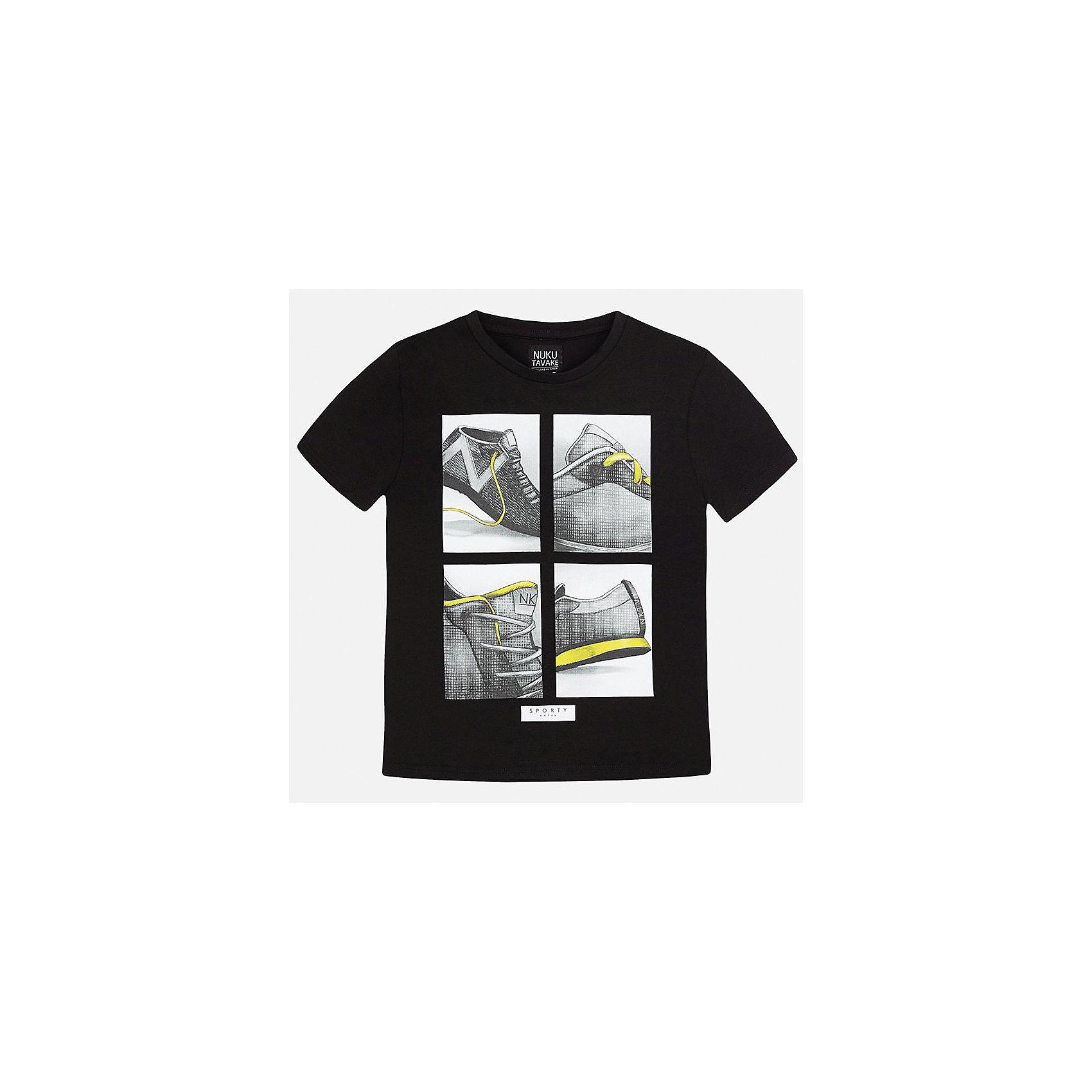 Футболка для мальчика MayoralФутболки, поло и топы<br>Характеристики товара:<br><br>• цвет: черный<br>• состав: 95% хлопок, 5% эластан<br>• принт<br>• комфортная посадка<br>• короткие рукава<br>• округлый горловой вырез<br>• страна бренда: Испания<br><br>Стильная качественная футболка для мальчика поможет разнообразить гардероб ребенка и украсить наряд. В составе ткани преобладает натуральный хлопок, гипоаллергенный, приятный на ощупь, дышащий.<br><br>Футболку для мальчика от испанского бренда Mayoral (Майорал) можно купить в нашем интернет-магазине.<br><br>Ширина мм: 199<br>Глубина мм: 10<br>Высота мм: 161<br>Вес г: 151<br>Цвет: черный<br>Возраст от месяцев: 96<br>Возраст до месяцев: 108<br>Пол: Мужской<br>Возраст: Детский<br>Размер: 128/134,158,140,152<br>SKU: 5587480