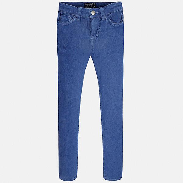 Джинсы для мальчика MayoralДжинсовая одежда<br>Характеристики товара:<br><br>• цвет: синий<br>• состав: 80% хлопок, 18% полиэстер, 2% эластан<br>• шлевки<br>• карманы<br>• пояс с регулировкой объема<br>• прямой силуэт<br>• страна бренда: Испания<br><br>Классические брюки для мальчика смогут стать базовой вещью в гардеробе ребенка. В составе материала - натуральный хлопок, гипоаллергенный, приятный на ощупь, дышащий.<br><br>Брюки для мальчика от испанского бренда Mayoral (Майорал) можно купить в нашем интернет-магазине.<br><br>Ширина мм: 215<br>Глубина мм: 88<br>Высота мм: 191<br>Вес г: 336<br>Цвет: серый<br>Возраст от месяцев: 144<br>Возраст до месяцев: 156<br>Пол: Мужской<br>Возраст: Детский<br>Размер: 158,128/134,152,140<br>SKU: 5587504