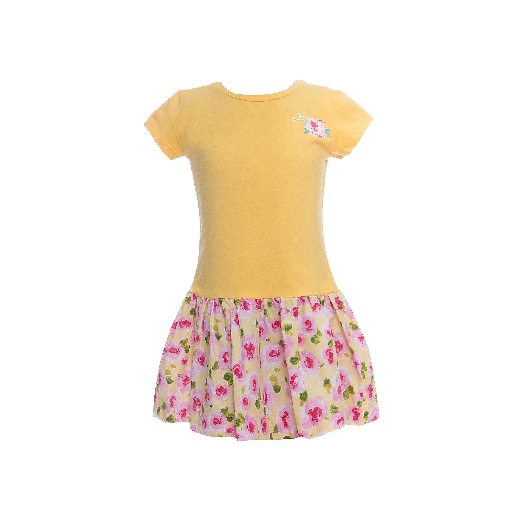 Платье для девочки WojcikПлатья и сарафаны<br>Характеристики товара:<br><br>• цвет: желтый<br>• состав ткани: хлопок 95%, эластан 5%<br>• комбинированный материал<br>• сезон: лето<br>• короткие рукава<br>• страна бренда: Польша<br>• страна изготовитель: Польша<br><br>Желтое платье для девочки Войчик отличается модным кроем с пышным подолом. Яркое платье для девочки Wojcik - удобная и модная одежда для теплого времени года. <br><br>Эта модель одежды для детей сделана из качественного материала с преобладание дышащего натурального хлопка в составе. Польская одежда для детей от бренда Войчик - это качественные и стильные вещи.<br><br>Платье для девочки Wojcik (Войчик) можно купить в нашем интернет-магазине.<br><br>Ширина мм: 236<br>Глубина мм: 16<br>Высота мм: 184<br>Вес г: 177<br>Цвет: желтый<br>Возраст от месяцев: 60<br>Возраст до месяцев: 72<br>Пол: Женский<br>Возраст: Детский<br>Размер: 116,104<br>SKU: 5589635