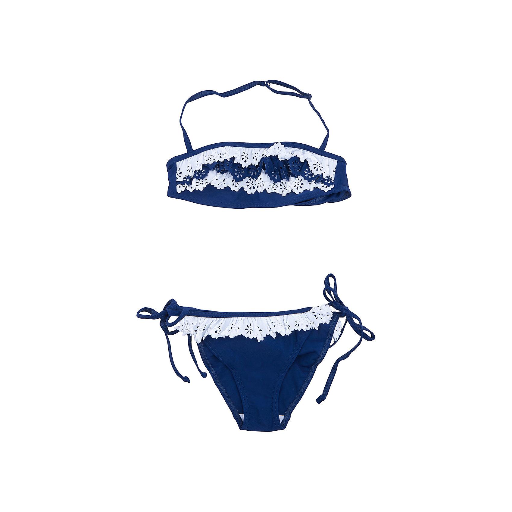 Купальник для девочки ScoolКупальники и плавки<br>Купальник - это неотъемлемая часть летнего гардероба. Быстросохнущий и эластичный материал приятен к телу и не раздражает нежную детскую кожу. Ребенку будет удобно и комфортно. Модель декорирована контрасными ажурными вставками.<br>Состав:<br>80% нейлон, 20% эластан<br><br>Ширина мм: 183<br>Глубина мм: 60<br>Высота мм: 135<br>Вес г: 119<br>Цвет: синий<br>Возраст от месяцев: 156<br>Возраст до месяцев: 168<br>Пол: Женский<br>Возраст: Детский<br>Размер: 158/164,134/140,146/152<br>SKU: 5604255