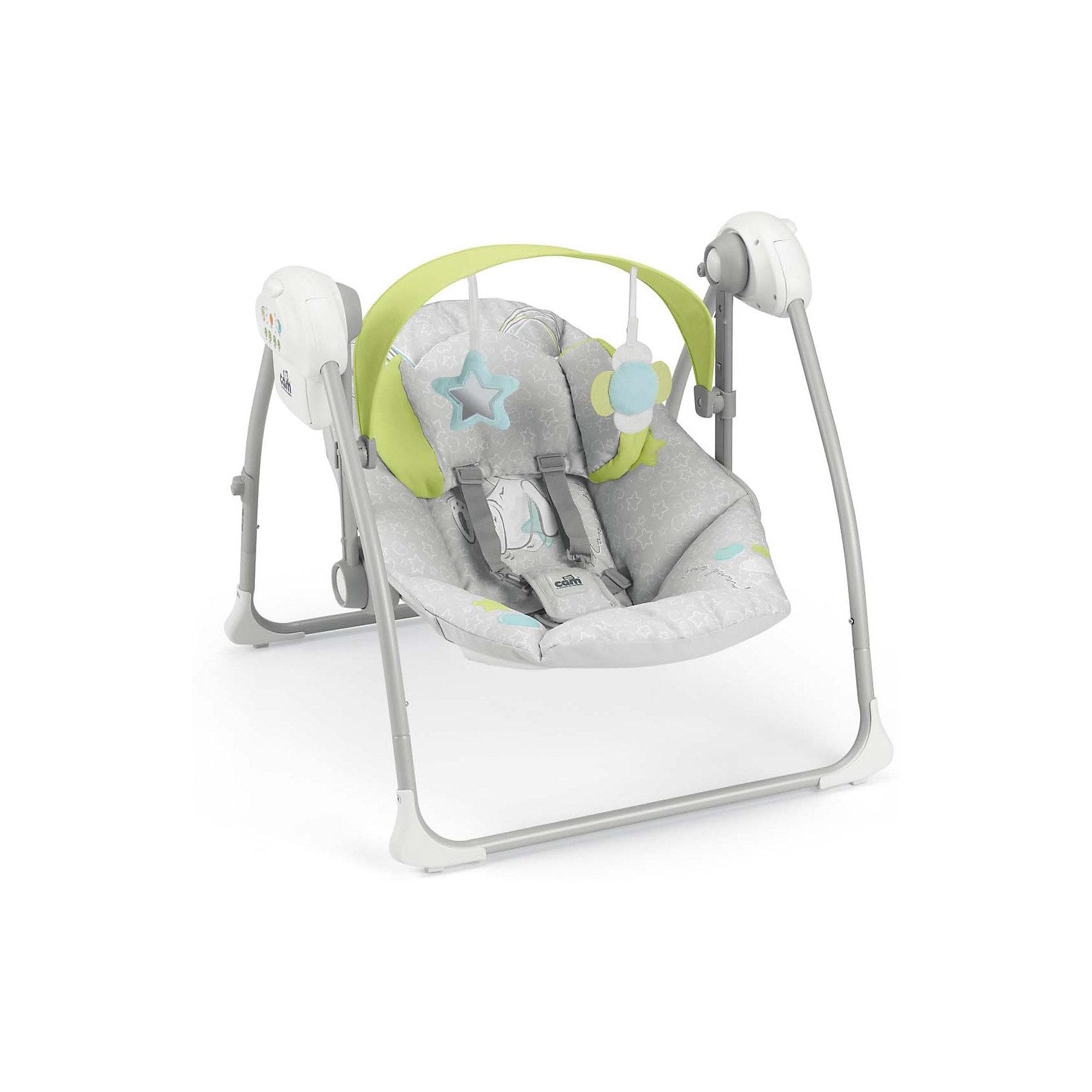Электрокачели Sonnolento Зайка, CAM, серыйКачели электронные<br>Качели-шезлонг подходят для детей с самого рождения. Модель имеет удобную спинку с 5 положениями, мягкое сиденье и мягкий подголовник для еще большего комфорта малыша. Летний козырек от солнца с двумя съёмными игрушками, регулируется по высоте в 2-х положениях. Пятиточечные страховочные ремни обеспечат безопасность крохи. Очень легкая и компактная модель быстро складывается и раскладывается, занимает мало места при хранении и транспортировке. Три скорости качания, 5 колыбельных мелодий и 3 различных варианта звуков природы успокоят малыша, настроив его на комфортный отдых. Шезлонг изготовлен из прочных, высококачественных материалов, безопасен для детей.<br><br>Дополнительная информация:<br><br>-Размеры в разложенном виде: 61,5 x 64 x 58 см.<br>- Размеры в сложенном виде: 61,5 x 26 x 63 см.<br>- Вес: 4 кг.<br>- Максимальный вес ребенка: 9 кг.<br>- Материал: пластик, металл, текстиль.<br>- Регулировка козырька в 2 положениях.<br>- 2 мягкие игрушки.<br>- Мягкое сиденье и подголовник.<br>- Регулируемая в 5 положениях спинка.<br>- 5 колыбельных мелодий, 3 вариации звуков природы.<br>- 3 скорости качания.<br>- Таймер с автоматическим выключением (8-15-30 мин).<br>- Регулировка громкости.<br>- Ножки с нескользящими резиновыми вставками<br>- Если заблокировать сиденье, можно использовать как колыбель.<br>- Съемный чехол (возможна машинная стирка при 30?).<br>- Питание от батареек (4 батареи - 1,5 вольт, не входят в комплект)<br><br>Качели-шезлонг Sonnolento, CAM  можно купить в нашем магазине.<br><br>Ширина мм: 440<br>Глубина мм: 415<br>Высота мм: 640<br>Вес г: 5500<br>Возраст от месяцев: 0<br>Возраст до месяцев: 36<br>Пол: Унисекс<br>Возраст: Детский<br>SKU: 5607569
