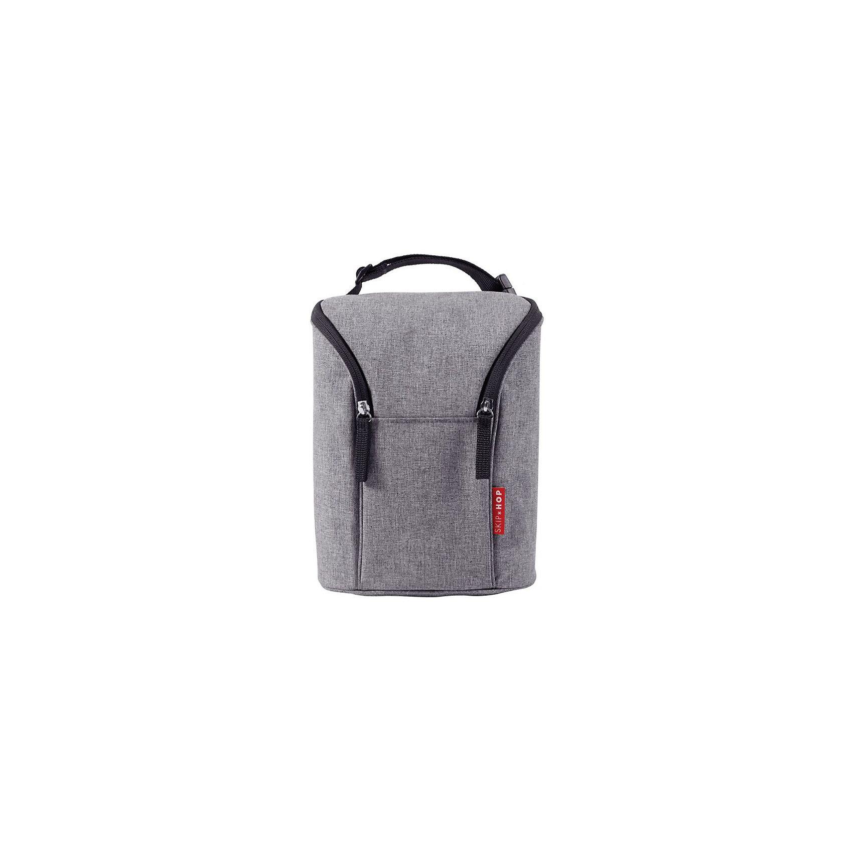 Термо-сумка для бутылочек, Skip HopТермосумки и термосы<br>Особенности:<br>?Вмещает 2 больших бутылочки<br>?Крепление к коляске.<br>?Износостойкая, легко стирающаяся ткань.<br>?Специальная термо-подкладка позволяет сохранять бутылочки теплыми или холодными <br>?2 молнии обеспечивают легкий и быстрый доступ к бутылочкам<br>?в комплекте с многоразовым охлаждающим пакетом<br>Размер: 17 * 9 * 23 см<br><br>Ширина мм: 170<br>Глубина мм: 90<br>Высота мм: 280<br>Вес г: 428<br>Возраст от месяцев: 36<br>Возраст до месяцев: 72<br>Пол: Унисекс<br>Возраст: Детский<br>SKU: 5608232