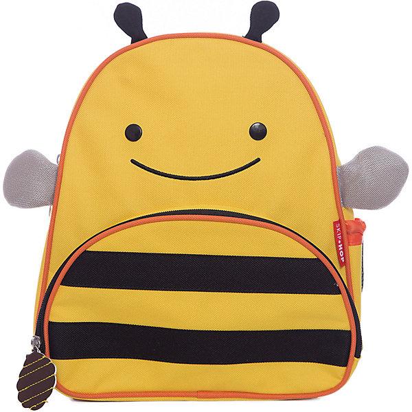 Рюкзак детский Пчела, Skip HopДетские рюкзаки<br>Характеристики товара:<br><br>• возраст от 3 лет;<br>• материал: полиэстер;<br>• размер рюкзака 25х29х11 см;<br>• вес рюкзака 270 гр.;<br>• страна производитель: Китай.<br><br>Рюкзак детский «Пчела» Skip Hop выполнен в виде желтой полосатой пчелки с глазками и крылышками. На молниях висят брелки в виде пчелинового улея. Ребенок сможет брать с собой все необходимое на прогулку, в детский садик, в гости, на дачу. В основном отделении поместятся тетради, альбомы, блокноты, карандаши, фломастеры. Спереди кармашек для дополнительных мелочей, а сбоку для бутылочки с напитком или бокса для еды. <br><br>Мягкие регулируемые лямки обеспечивают комфортное ношение. Предусмотрена небольшая ручка для переноски в руках или подвешивания. Рюкзак выполнен из прочной качественной ткани. Его можно стирать в стиральной машине.<br><br>Рюкзак детский «Пчела» Skip Hop можно приобрести в нашем интернет-магазине.<br>Ширина мм: 290; Глубина мм: 50; Высота мм: 320; Вес г: 350; Возраст от месяцев: 24; Возраст до месяцев: 72; Пол: Унисекс; Возраст: Детский; SKU: 5608247;