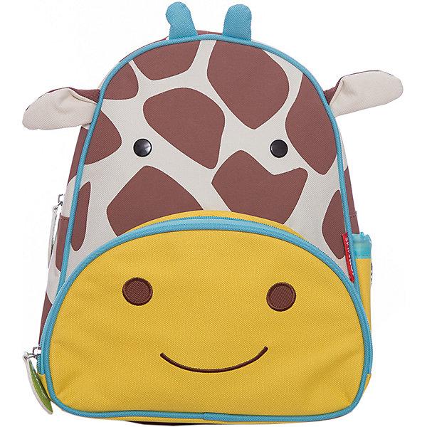 Рюкзак детский Жираф, Skip HopДетские рюкзаки<br>Характеристики товара:<br><br>• возраст от 3 лет;<br>• материал: полиэстер;<br>• размер рюкзака 25х29х11 см;<br>• вес рюкзака 270 гр.;<br>• страна производитель: Китай.<br><br>Рюкзак детский «Жираф» Skip Hop выполнен в виде пятнистого жирафа с глазками и ушками. На молниях висят брелки в виде листочка. Ребенок сможет брать с собой все необходимое на прогулку, в детский садик, в гости, на дачу. В основном отделении поместятся тетради, альбомы, блокноты, карандаши, фломастеры. Спереди кармашек для дополнительных мелочей, а сбоку для бутылочки с напитком или бокса для еды. <br><br>Мягкие регулируемые лямки обеспечивают комфортное ношение. Предусмотрена небольшая ручка для переноски в руках или подвешивания. Рюкзак выполнен из прочной качественной ткани. Его можно стирать в стиральной машине.<br><br>Рюкзак детский «Жираф» Skip Hop можно приобрести в нашем интернет-магазине.<br>Ширина мм: 290; Глубина мм: 50; Высота мм: 320; Вес г: 350; Возраст от месяцев: 24; Возраст до месяцев: 72; Пол: Унисекс; Возраст: Детский; SKU: 5608249;