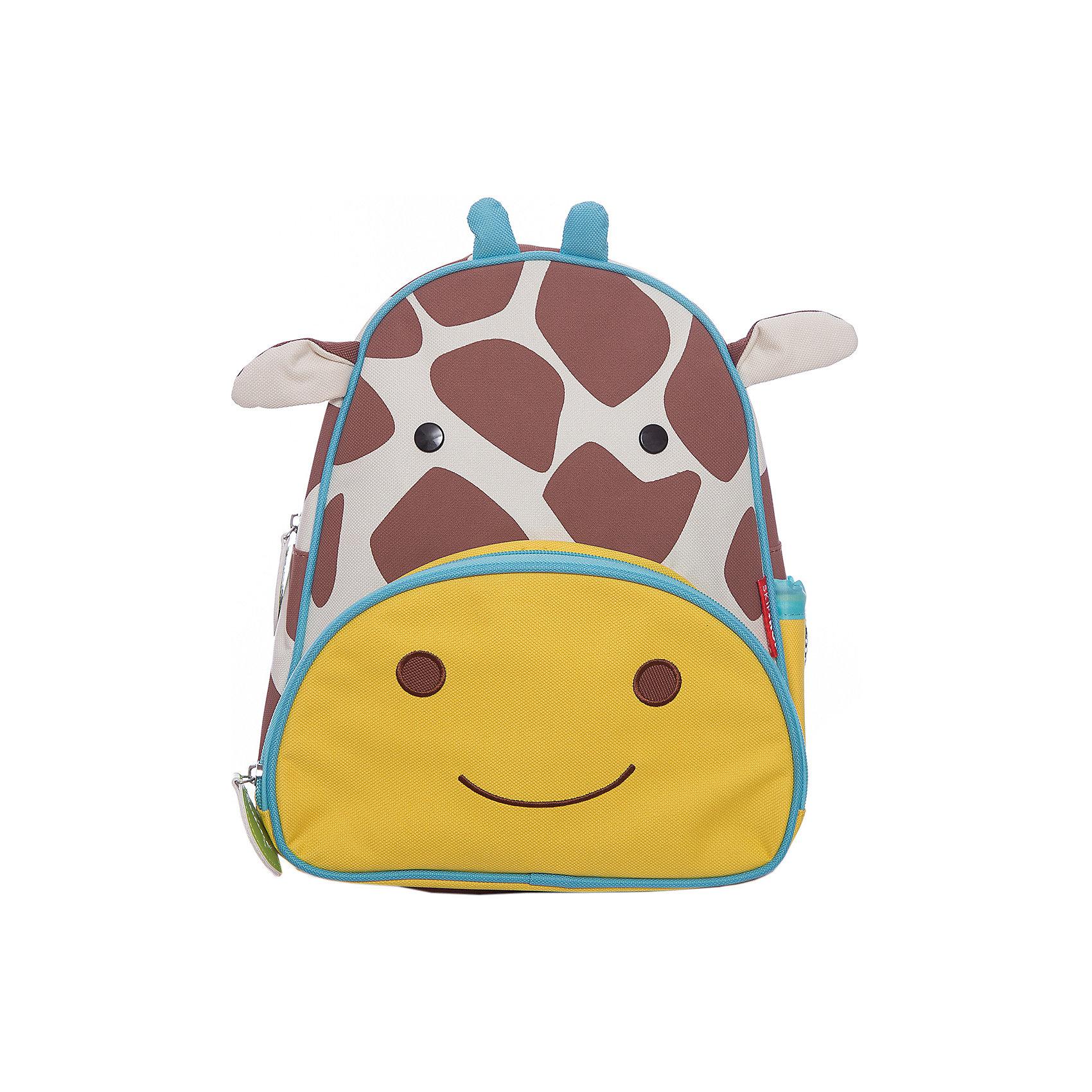 Рюкзак детский Жираф, Skip HopДетские рюкзаки<br>Характеристики товара:<br><br>• возраст от 3 лет;<br>• материал: полиэстер;<br>• размер рюкзака 25х29х11 см;<br>• вес рюкзака 270 гр.;<br>• страна производитель: Китай.<br><br>Рюкзак детский «Жираф» Skip Hop выполнен в виде пятнистого жирафа с глазками и ушками. На молниях висят брелки в виде листочка. Ребенок сможет брать с собой все необходимое на прогулку, в детский садик, в гости, на дачу. В основном отделении поместятся тетради, альбомы, блокноты, карандаши, фломастеры. Спереди кармашек для дополнительных мелочей, а сбоку для бутылочки с напитком или бокса для еды. <br><br>Мягкие регулируемые лямки обеспечивают комфортное ношение. Предусмотрена небольшая ручка для переноски в руках или подвешивания. Рюкзак выполнен из прочной качественной ткани. Его можно стирать в стиральной машине.<br><br>Рюкзак детский «Жираф» Skip Hop можно приобрести в нашем интернет-магазине.<br><br>Ширина мм: 290<br>Глубина мм: 50<br>Высота мм: 320<br>Вес г: 350<br>Возраст от месяцев: 24<br>Возраст до месяцев: 72<br>Пол: Унисекс<br>Возраст: Детский<br>SKU: 5608249