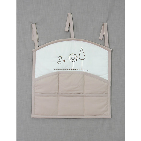 Карман на кроватку  Я и моя мама, FairyПостельное белье в кроватку новорождённого<br>Характеристики товара:<br><br>• возраст с рождения;<br>• материал: хлопок;<br>• размер 59х60 см;<br>• 6 карманов;<br>• крепится с помощью 3 завязок<br>• размер упаковки 35х25х5 см;<br>• вес упаковки 300 гр.;<br>• страна производитель: Россия.<br><br>Карман для кроватки «Я и моя мама» Fairy позволяет маме иметь все необходимые вещи по уходу ха ребенком — салфетки, подгузники, игрушки, соски — всегда под рукой. При помощи 3 завязок карман крепится на кроватку. Предусмотрено 6 карманов для различных предметов. Карман изготовлен из качественного натурального хлопка.<br><br>Карман для кроватки «Я и моя мама» Fairy можно приобрести в нашем интернет-магазине.<br><br>Ширина мм: 590<br>Глубина мм: 600<br>Высота мм: 100<br>Вес г: 300<br>Возраст от месяцев: 0<br>Возраст до месяцев: 36<br>Пол: Унисекс<br>Возраст: Детский<br>SKU: 5610107