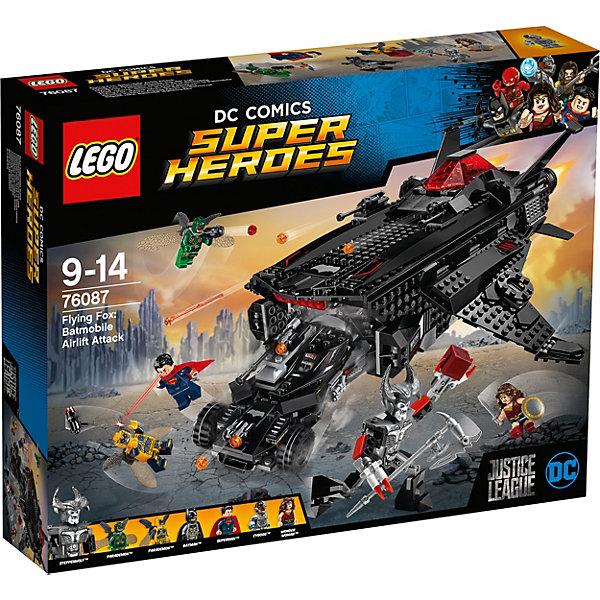LEGO Super Heroes 76087: Нападение с воздухаПластмассовые конструкторы<br>Характеристики товара: <br><br>• возраст: от 9 лет;<br>• материал: пластик;<br>• в комплекте: 955 деталей, 6 минифигурок;<br>• размер упаковки: 48х37,8х9,4 см;<br>• вес упаковки: 1,74 кг;<br>• страна производитель: Китай.<br><br>Конструктор Lego Super Heroes «Нападение с воздуха» посвящен новому фильму по комиксам DC Comics «Лига справедливости», где соберутся 5 известных супергероев. Из деталей предстоит собрать летательный аппарат с подвижными закрылками и стреляющими пушками. В грузовом отсеке помещается бэтмобиль.<br><br>Конструктор Lego Super Heroes «Нападение с воздуха» можно приобрести в нашем интернет-магазине.<br><br>Ширина мм: 481<br>Глубина мм: 375<br>Высота мм: 99<br>Вес г: 1752<br>Возраст от месяцев: 108<br>Возраст до месяцев: 168<br>Пол: Мужской<br>Возраст: Детский<br>SKU: 5620014