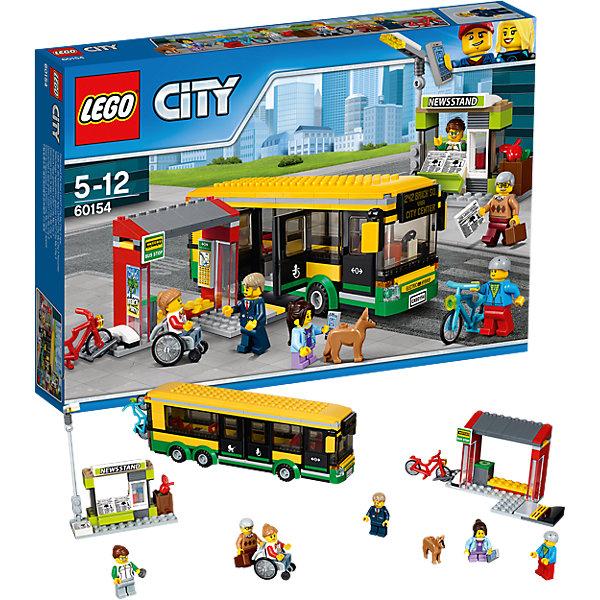 LEGO City 60154: Автобусная остановкаКонструкторы Лего<br>Характеристики товара: <br><br>• возраст: от 5 лет;<br>• материал: пластик;<br>• в комплекте: 337 деталей, 6 минифигурок, фигурка собачки;<br>• размер упаковки: 26,2х38,2х5,7 см;<br>• вес упаковки: 660 гр.;<br>• страна производитель: Чехия.<br><br>Конструктор Lego City «Автобусная остановка» позволит собрать остановку, автобус и газетный киоск. Колеса автобуса вращаются, двери открываются, внутри несколько посадочных мест. Сбоку от остановки расположена парковка для велосипедов. Внутри самой остановки — расписание автобусов.<br><br>Конструктор Lego City «Автобусная остановка» можно приобрести в нашем интернет-магазине.<br><br>Ширина мм: 384<br>Глубина мм: 261<br>Высота мм: 63<br>Вес г: 659<br>Возраст от месяцев: 60<br>Возраст до месяцев: 144<br>Пол: Мужской<br>Возраст: Детский<br>SKU: 5620031