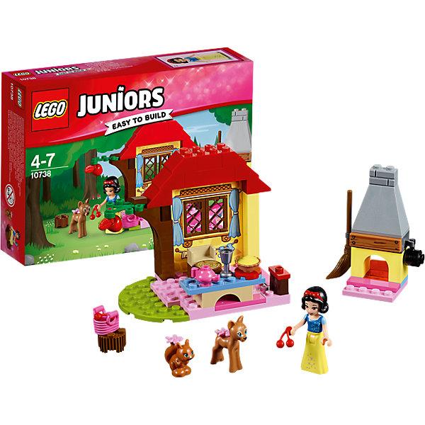 LEGO Juniors 10738: Лесной домик БелоснежкиПластмассовые конструкторы<br>Характеристики товара: <br><br>• возраст: от 2 лет;<br>• материал: пластик;<br>• в комплекте: 67 деталей, 1 минифигурка, 2 фигурки животных;<br>• размер упаковки: 19,1х14,1х4,6 см;<br>• вес упаковки: 250 гр.;<br>• страна производитель: Китай.<br><br>Конструктор Lego Duplo «Лесной домик Белоснежки» позволит собрать уютный домик, в котором живет Белоснежка со своими лесными друзьями. В домике есть камин, который согреет холодными вечерами. У окна расположен столик для чаепития. У домика открываются окошки.<br><br>Конструктор Lego Duplo «Лесной домик Белоснежки» можно приобрести в нашем интернет-магазине.<br>Ширина мм: 193; Глубина мм: 142; Высота мм: 50; Вес г: 153; Возраст от месяцев: 48; Возраст до месяцев: 84; Пол: Мужской; Возраст: Детский; SKU: 5620066;