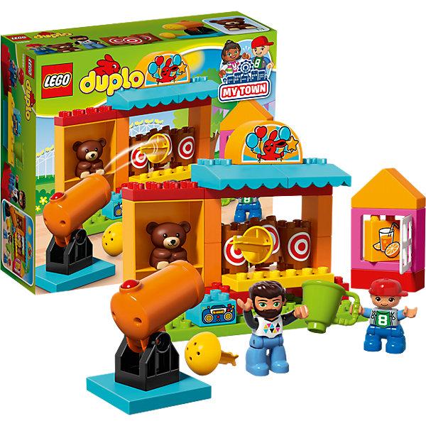 LEGO DUPLO 10839: ТирКонструкторы для малышей<br>Характеристики товара: <br><br>• возраст: от 2 лет;<br>• материал: пластик;<br>• в комплекте: 32 детали, 2 минифигурки, фигурка медвежонка;<br>• размер упаковки: 28,2х26,2х9,6 см;<br>• вес упаковки: 620 гр.;<br>• страна производитель: Китай.<br><br>Конструктор Lego Duplo «Тир» позволит построить самый настоящий тир и потренироваться в меткости. Тут все как в настоящем тире: автомат с вкусными напитками, магнитофон с музыкой. Стрелять предстоит по бочкам с круглой мишенью, а для стрельбы стоит большая установка с пушкой. Благодаря пружинному механизму пушка стреляет круглым снарядом. Победителя ждет приз — плюшевый мишка.<br><br>Конструктор Lego Duplo «Тир» можно приобрести в нашем интернет-магазине.<br><br>Ширина мм: 282<br>Глубина мм: 262<br>Высота мм: 96<br>Вес г: 637<br>Возраст от месяцев: 24<br>Возраст до месяцев: 60<br>Пол: Мужской<br>Возраст: Детский<br>SKU: 5620073