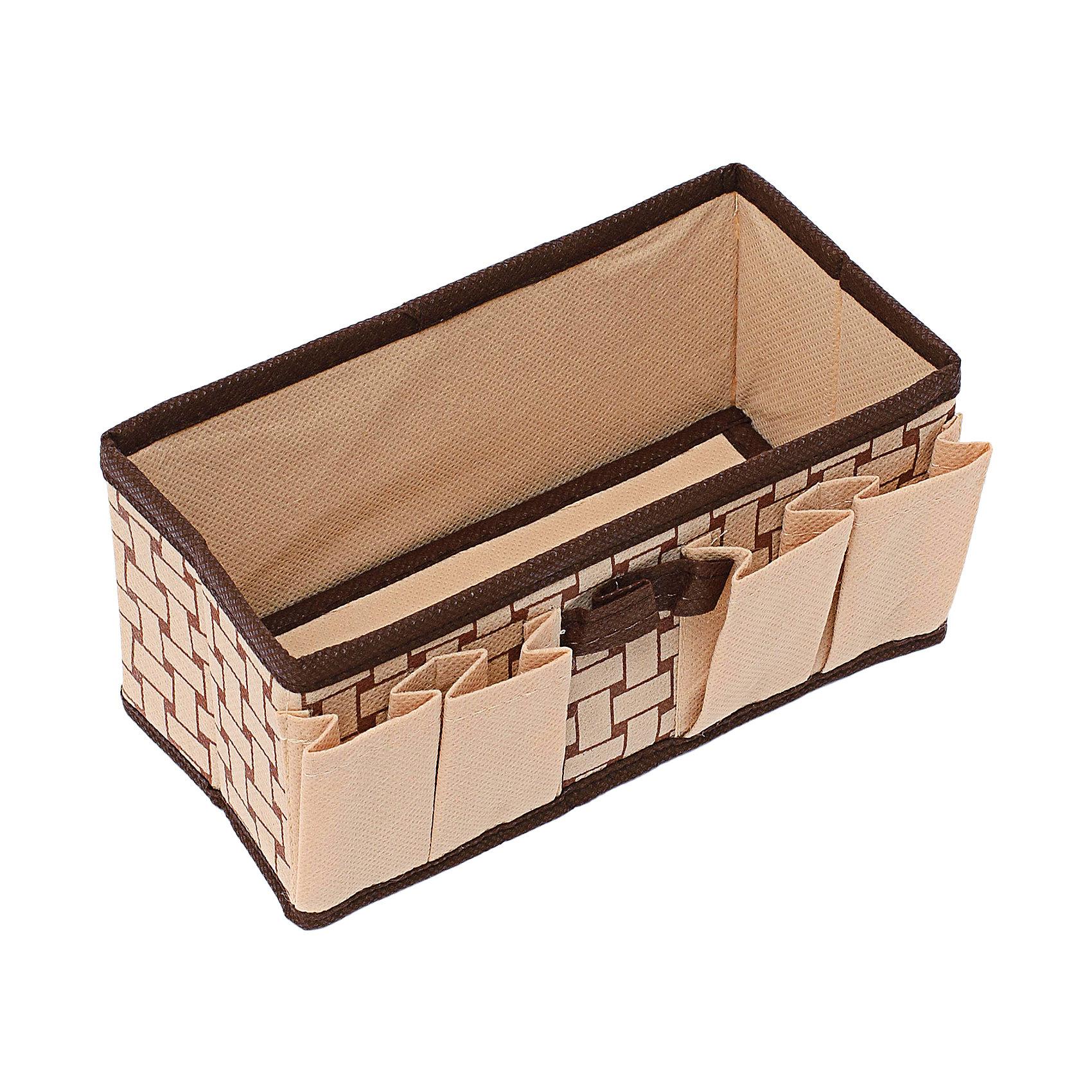 Органайзер для украшений и мелочей (20*10*10) Pletenka, HomsuОрганайзеры для одежды<br>Характеристики товара:<br><br>• цвет: бежевый<br>• материал: полиэстер, картон<br>• размер: 20х10х10 см<br>• вес: 100 г<br>• легкий прочный каркас<br>• обеспечивает естественную вентиляцию<br>• вместимость: 5 отделений<br>• страна бренда: Россия<br>• страна изготовитель: Китай<br><br>Органайзер для украшений и мелочей Pletenka от бренда Homsu (Хомсу) - очень удобная вещь для хранения вещей и эргономичной организации пространства.<br><br>Предмет легкий, устойчивый, вместительный, обеспечивает естественную вентиляцию.<br><br>Органайзер для украшений и мелочей (20*10*10) Pletenka, Homsu можно купить в нашем интернет-магазине.<br><br>Ширина мм: 200<br>Глубина мм: 100<br>Высота мм: 20<br>Вес г: 100<br>Возраст от месяцев: 216<br>Возраст до месяцев: 1188<br>Пол: Унисекс<br>Возраст: Детский<br>SKU: 5620152