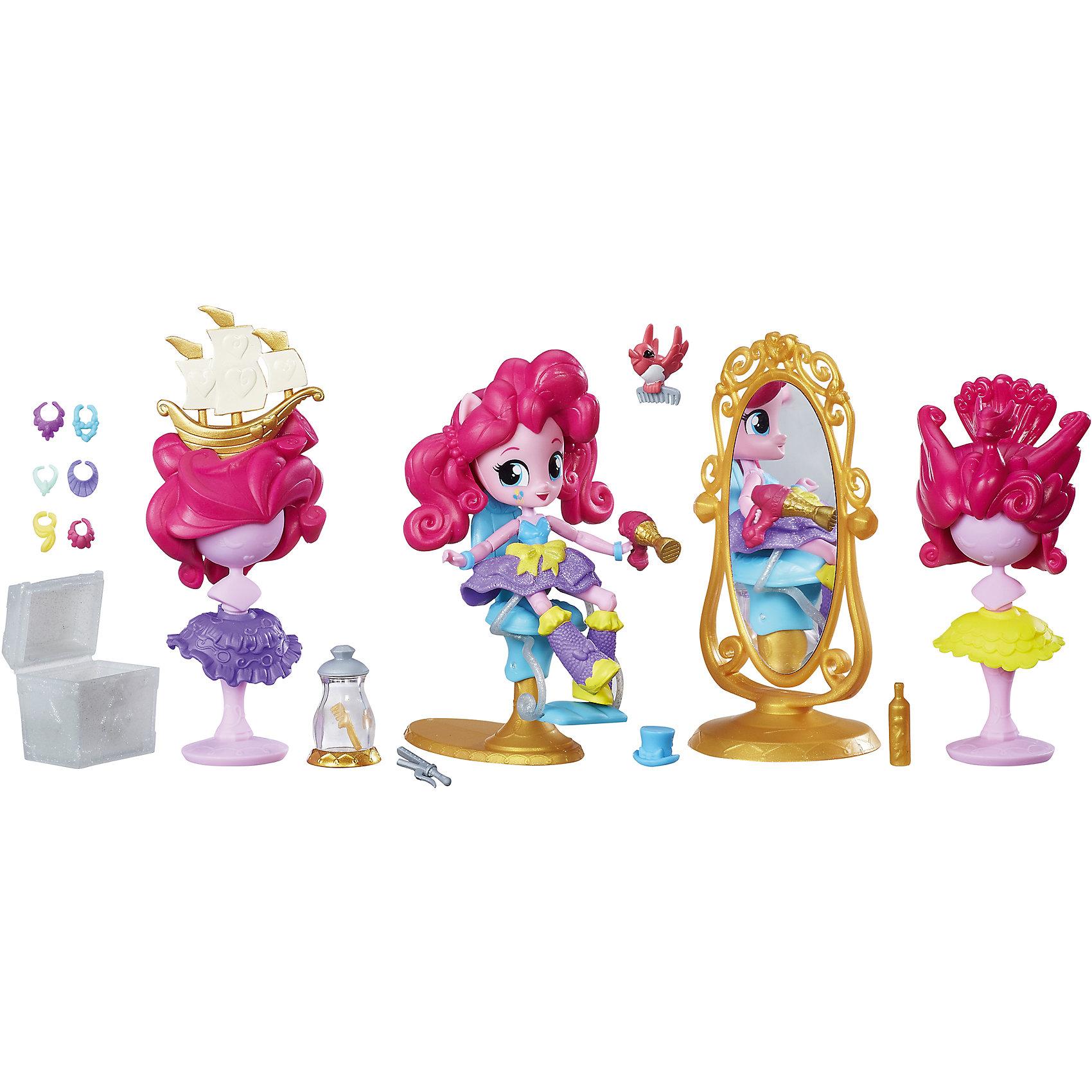 Мини-кукла Hasbro Equestria Girls Пижамная вечеринка Салон красоты Пинки ПайМини-куклы<br>Характеристики товара:<br><br>• возраст от 5 лет;<br>• материал: пластик;<br>• в комплекте: фигурка, аксессуары;<br>• размер упаковки 30х24х13 см;<br>• вес упаковки 743 гр.;<br>• страна производитель: Китай.<br><br>Игровой набор мини-кукол «В школе» Equestria Girls создан по мотивам известного мультфильма. Он позволит девочке придумать разнообразные увлекательные игры и истории с любимыми персонажами. В комплекте фигурка героя с набором аксессуаров для создания яркого и стильного образа. У куклы подвижные руки и ножки. Игрушка изготовлена из качественных материалов.<br><br>Игровой набор мини-кукол «В школе» Equestria Girls можно приобрести в нашем интернет-магазине.<br><br>Ширина мм: 130<br>Глубина мм: 300<br>Высота мм: 240<br>Вес г: 743<br>Возраст от месяцев: 60<br>Возраст до месяцев: 2147483647<br>Пол: Женский<br>Возраст: Детский<br>SKU: 5622060