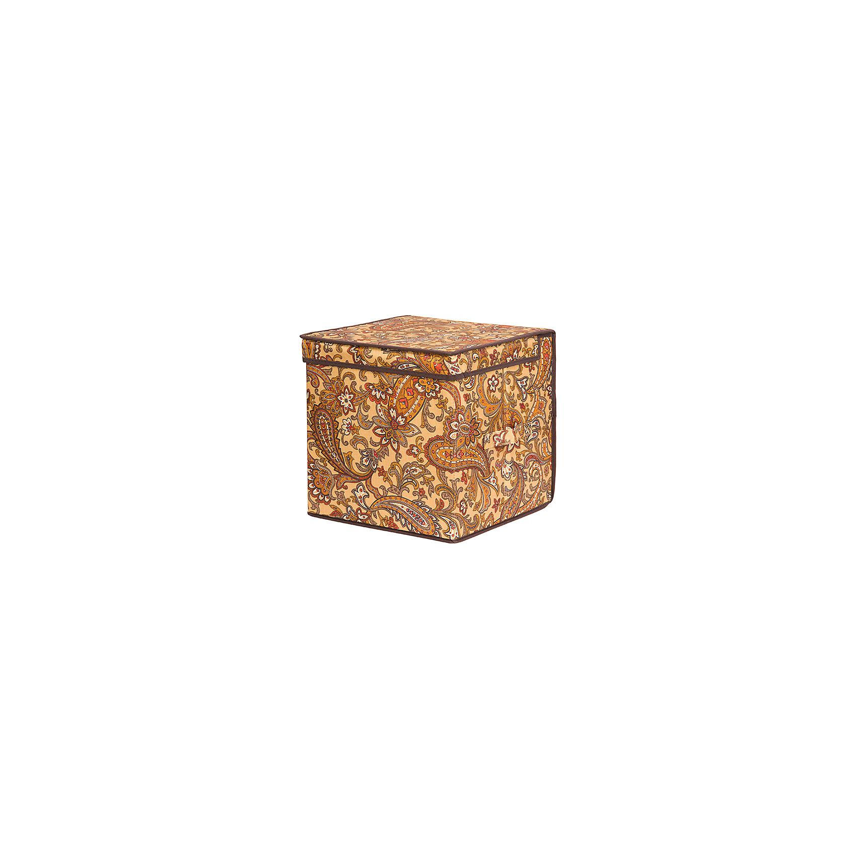 Кофр складной для хранения 31*31*31 см. Перо павлина, квадрат, EL Casa, коричневыйПорядок в детской<br>Характеристики товара:<br><br>• цвет: мульти<br>• материал: текстиль (полиэстер 100%)<br>• размер: 31 х 31 х 31 см<br>• вес: 800 г<br>• декорирован принтом<br>• с жестким каркасом<br>• легко складывается и раскладывается<br>• удобный<br>• с крышкой <br>• универсальный размер<br>• страна бренда: Российская Федерация<br>• страна производства: Китай<br><br>Такой кофр - отличный пример красивой и функциональной вещи для любого интерьера. В нем удобной хранить различные мелочи, благодаря универсальному дизайну и расцветке он хорошо будет смотреться в помещении.<br><br>Кофр с жёстким каркасом для хранения может стать отличным приобретением для дома или подарком для любителей красивых оригинальных вещей.<br><br>Бренд EL Casa - это красивые и практичные товары для дома с современным дизайном. Они добавляют в жильё уюта и комфорта! <br><br>Кофр складной для хранения 31*31*31 см. Перо павлина, квадрат, EL Casa можно купить в нашем интернет-магазине.<br><br>Ширина мм: 305<br>Глубина мм: 315<br>Высота мм: 30<br>Вес г: 863<br>Возраст от месяцев: 0<br>Возраст до месяцев: 1188<br>Пол: Унисекс<br>Возраст: Детский<br>SKU: 6668755