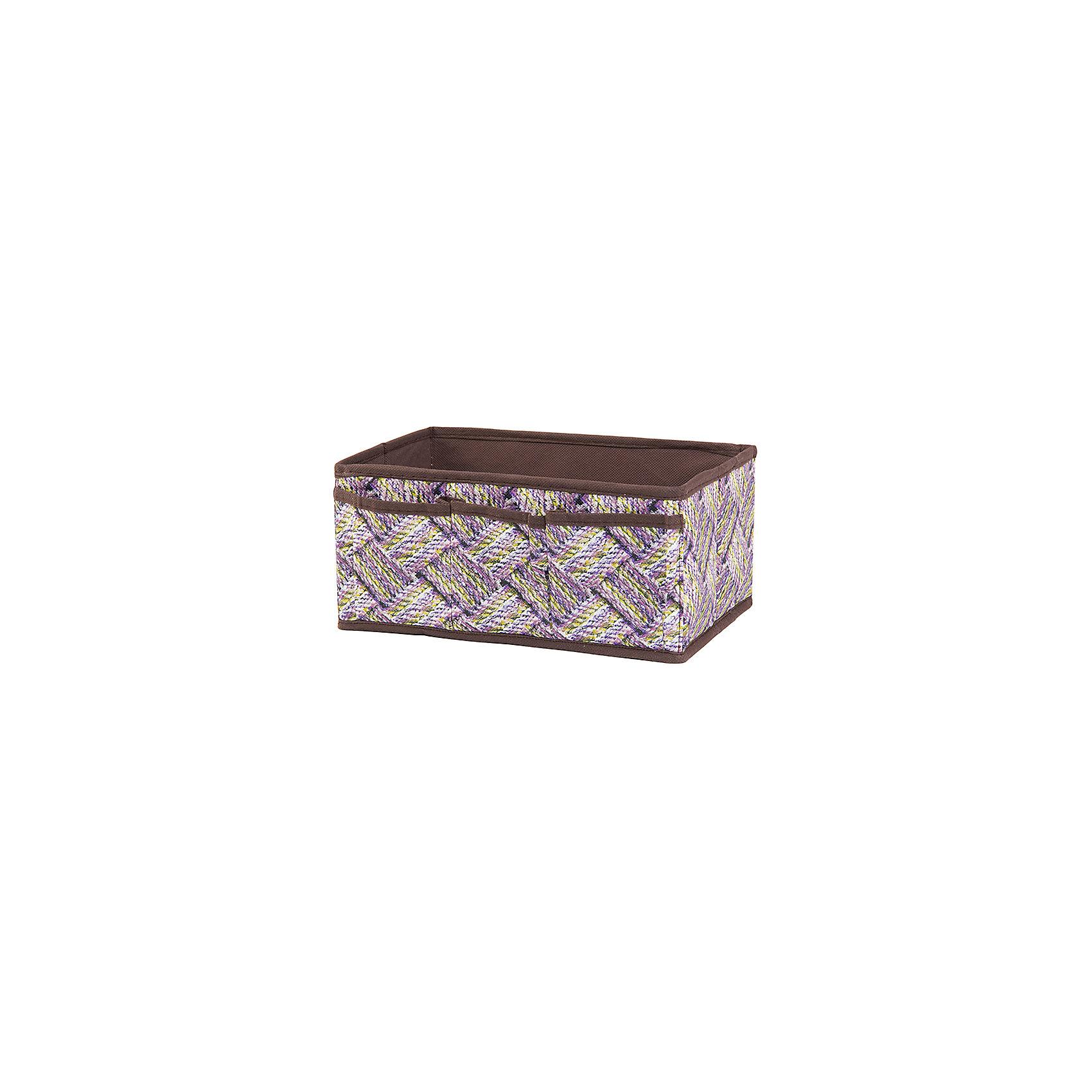 Органайзер для косметики/мелочей 25*15*12 см. Плетенка, с 3 карманами, EL CasaПредметы интерьера<br>Характеристики товара:<br><br>• цвет: мульти<br>• материал: текстиль (полиэстер 100%)<br>• размер: 25 х 15 х 12 см<br>• вес: 150 г<br>• декорирован принтом<br>• легко складывается и раскладывается<br>• удобный<br>• 3 кармана<br>• легкий<br>• универсальный размер<br>• страна бренда: Российская Федерация<br>• страна производства: Китай<br><br>Такой органайзер - отличный пример красивой и функциональной вещи для любого интерьера. В нем удобной хранить различные мелочи, благодаря универсальному дизайну и расцветке он хорошо будет смотреться в помещении.<br><br>Органайзер для хранения может стать отличным приобретением для дома или подарком для любителей красивых оригинальных вещей.<br><br>Бренд EL Casa - это красивые и практичные товары для дома с современным дизайном. Они добавляют в жильё уюта и комфорта! <br><br>Органайзер для косметики/мелочей 25*15*12 см. Плетенка, с 3 карманами, EL Casa можно купить в нашем интернет-магазине.<br><br>Ширина мм: 255<br>Глубина мм: 150<br>Высота мм: 20<br>Вес г: 177<br>Возраст от месяцев: 0<br>Возраст до месяцев: 1188<br>Пол: Унисекс<br>Возраст: Детский<br>SKU: 6668799