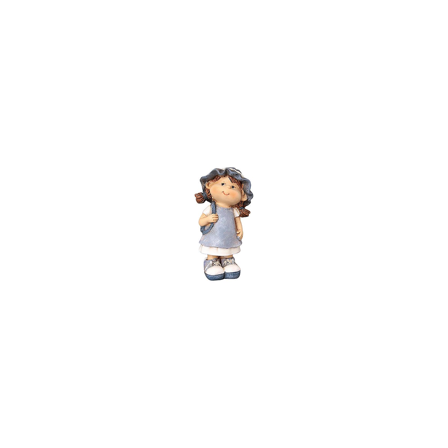 Фигурка декоративная Девочка с рюкзачком, Elan GalleryПредметы интерьера<br>Характеристики товара:<br><br>• цвет: мульти<br>• материал: полистоун<br>• высота: 10 см<br>• вес: 100 г<br>• подходит к любому интерьеру<br>• отлично проработаны детали<br>• универсальный размер<br>• страна бренда: Российская Федерация<br>• страна производства: Китай<br><br>Такая декоративная фигурка - отличный пример красивой вещи для любого интерьера. Благодаря универсальному дизайну и расцветке она хорошо будет смотреться в помещении.<br><br>Декоративная фигурка может стать отличным приобретением для дома или подарком для любителей симпатичных вещей, украшающих пространство.<br><br>Бренд Elan Gallery - это красивые и практичные товары для дома с современным дизайном. Они добавляют в жильё уюта и комфорта! <br><br>Фигурку декоративную Девочка с рюкзачком, Elan Gallery можно купить в нашем интернет-магазине.<br><br>Ширина мм: 45<br>Глубина мм: 38<br>Высота мм: 97<br>Вес г: 121<br>Возраст от месяцев: 0<br>Возраст до месяцев: 1188<br>Пол: Унисекс<br>Возраст: Детский<br>SKU: 6668954