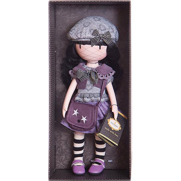 Кукла Горджусс Маленькая фиалка, 32 см, Paola ReinaБренды кукол<br>Кукла Горджусс Маленькая фиалка, 32 см, Paola Reina.<br><br>Характеристики:<br><br>• Для детей в возрасте: от 3 лет<br>• В комплекте: кукла, сумка, брошюра<br>• Высота куклы: 32 см.<br>• Материалы: кукла изготовлена из винила; глаза выполнены в виде кристалла из твердого пластика; волосы сделаны из высококачественного нейлона; наряд выполнен из качественного текстиля<br>• Упаковка: подарочная картонная коробка с окошком<br><br>Кукла Горджусс Маленькая фиалка - это уникальная кукла, созданная по образу, который придумала известная художница из Шотландии – Сюзанн Вулкон. Кукла станет любимой подружкой для каждой девочки, а также желанным экспонатом для коллекционера. <br><br>Кукла одета в фиолетово-серое платье с оборками и воротничком, который украшен полосатым бантиком. На ногах у куклы яркие туфельки и полосатые гетры, на голове - серый модный берет декорированный сердечками. <br><br>Образ куклы дополнен стильной сумкой через плечо насыщенного лилового цвета с декоративными аппликациями в виде звездочек. Наряд куклы при необходимости можно снять. Длинные темные волосы куклы из высококачественного нейлона блестят, легко расчесываются. <br><br>На лице куклы только глаза и лёгкий румянец — так ей проще стать отражением настроения ребёнка. Ведь этот образ уже сам по себе иллюстрация эмоций. Подобный стиль открывает простор для фантазии — нос, рот и брови можно додумать самостоятельно! <br><br>Кукла имеет пропорциональное телосложение. Голова, руки и ноги подвижны. Тело куклы выполнено из приятного на ощупь высококачественного винила, который имеет лёгкий аромат «английского сада» с нотками жимолости и розы. <br><br>Материалы, из которых изготовлена кукла, прошли все необходимые проверки на безопасность для детей. Качество подтверждено нормами безопасности EN17 ЕЭС. Дополнительно в комплекте с куклой предусмотрена информационная иллюстрированная брошюра.<br><br>Куклу Горджусс Маленькая фиалка, 32 см, Pao