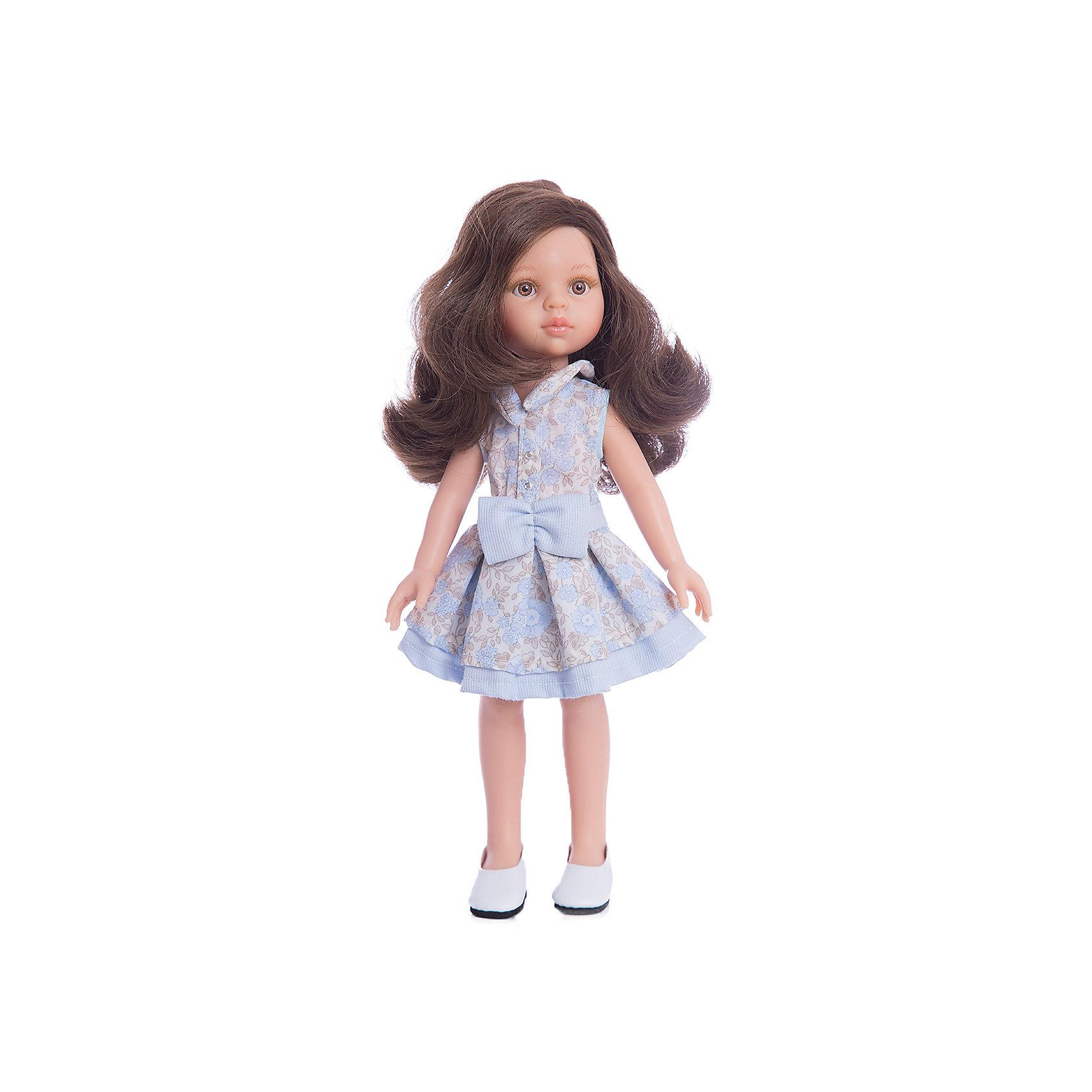 Кукла Кэрол, 32 см, Paola ReinaКлассические куклы<br>Кукла Кэрол, 32 см, Paola Reina.<br><br>Характеристики:<br><br>• Для детей в возрасте: от 3 лет<br>• Высота куклы: 32 см.<br>• Глаза не закрываются<br>• Дизайн одежды и обуви — Светланы Кривец<br>• Материалы: кукла изготовлена из винила; глаза выполнены в виде кристалла из прозрачного твердого пластика; волосы сделаны из высококачественного нейлона; наряд выполнен из качественного текстиля<br>• Упаковка: красивая картонная коробка с окошком<br><br>Кукла Кэрол, Paola Reina - это очаровательная брюнетка, которая станет любимой подружкой для вашей девочки. У куклы густые длинные вьющиеся волосы, выполненные из нейлона высокого качества и надёжно прошитые. Волосы блестят, не запутываются. Ваша девочка с легкостью может расчесывать куклу, мыть ей голову, при этом волосы не портятся и не выпадают. <br><br>Лицо куклы выглядит очень правдоподобно за счет тщательно проработанных черт. Большие карие глаза с длинными ресничками, легкий румянец на щечках, курносый носик и аккуратные губки – Кэрол завораживает. Глаза куклы не закрываются. <br><br>Кэрол одета очень красиво и стильно: на ней пышное платье в коричнево-голубых тонах с цветочным принтом, украшенное голубым бантом, а дополняют образ модницы стильные туфельки на платформе. Все швы на одежде тщательно обработаны. Одежду можно снимать. <br><br>Кукла имеет пропорциональное телосложение. Голова, руки и ноги подвижны. Тело куклы выполнено из приятного на ощупь нежного бархатистого высококачественного винила, который имеет лёгкий аромат ванили. <br><br>Материалы, из которых изготовлена кукла, прошли все необходимые проверки на безопасность для детей. Качество подтверждено нормами безопасности EN71 ЕЭС.<br><br>Куклу Кэрол, 32 см, Paola Reina можно купить в нашем интернет-магазине.<br><br>Ширина мм: 375<br>Глубина мм: 175<br>Высота мм: 105<br>Вес г: 625<br>Возраст от месяцев: 36<br>Возраст до месяцев: 144<br>Пол: Женский<br>Возраст: Детский<br>SKU: 6671052
