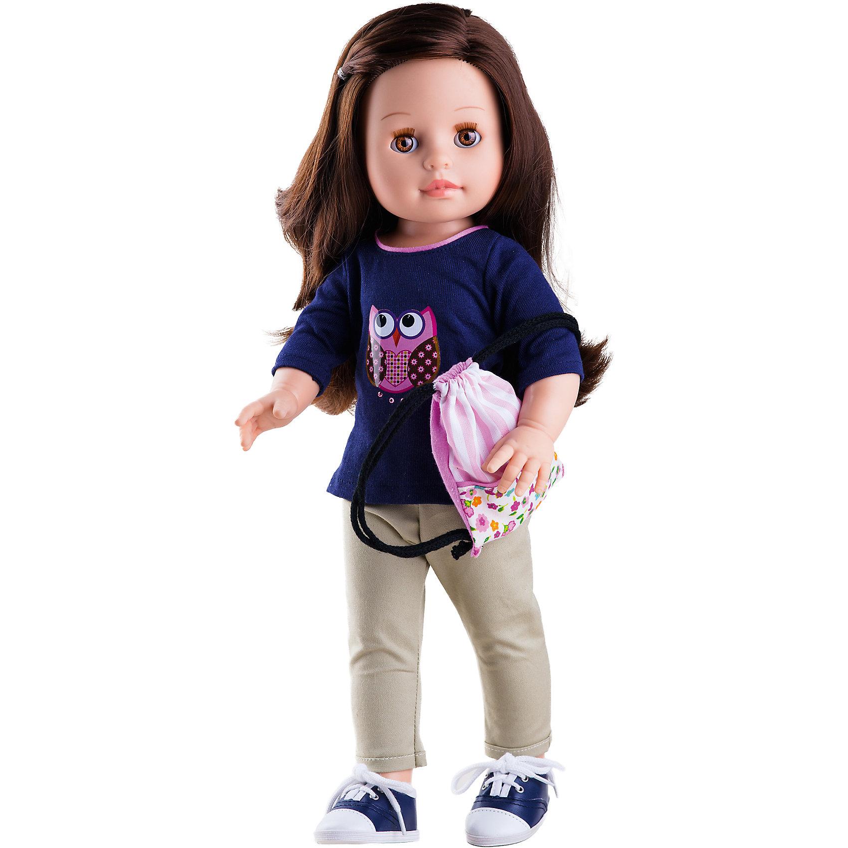 Кукла Эмили, 42 см, Paola ReinaКлассические куклы<br>Кукла Эмили, 42 см, Paola Reina.<br><br>Характеристики:<br><br>• Для детей в возрасте: от 3 лет<br>• Высота куклы: 42 см.<br>• Глаза закрываются<br>• Материалы: кукла изготовлена из винила; глаза выполнены в виде кристалла из прозрачного твердого пластика; волосы сделаны из высококачественного нейлона; наряд выполнен из качественного текстиля<br><br>Кукла Эмили, Paola Reina станет любимой подружкой для вашей девочки. Эмили одета в тёмно-синий свитшот с совой и бежевые брюки. На ногах у неё кеды. Завершает образ розовый рюкзак-мешок с цветочным принтом. Одежда легко снимается и надевается. У куклы густые длинные волосы, выполненные из нейлона высокого качества и надёжно прошитые. Волосы блестят, легко расчесываются, не запутываются. <br><br>Лицо куклы выглядит очень правдоподобно за счет тщательно проработанных черт. Большие карие глаза, длинные реснички и аккуратные губки – Эмили завораживает. Глаза куклы закрываются. <br><br>Кукла имеет пропорциональное телосложение. Голова, руки и ноги подвижны. Тело куклы выполнено из приятного на ощупь высококачественного винила, который имеет лёгкий аромат ванили. <br><br>Материалы, из которых изготовлена кукла, прошли все необходимые проверки на безопасность для детей. Качество подтверждено нормами безопасности EN71 ЕЭС.<br><br>Куклу Эмили, 42 см, Paola Reina можно купить в нашем интернет-магазине.<br><br>Ширина мм: 510<br>Глубина мм: 175<br>Высота мм: 105<br>Вес г: 1225<br>Возраст от месяцев: 36<br>Возраст до месяцев: 144<br>Пол: Женский<br>Возраст: Детский<br>SKU: 6671055