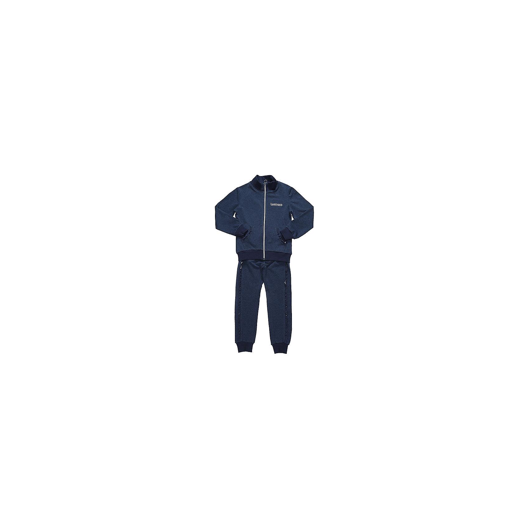 Спортивный костюм для девочки LuminosoСпортивная форма<br>Характеристики товара:<br><br>• цвет: синий<br>• состав: 95% хлопок, 5% эластан<br>• для занятий физкультурой/спортом<br>• застежка: молния<br>• брюки на резинке<br>• дополнительный шнурок на талии брюк<br>• эластичные манжеты на рукавах и внизу брючин<br>• страна бренда: Россия<br>• страна производства: Китай<br><br>Спортивный костюм для девочки из трикотажой ткани темно-синего цвета. Кофта с длинным рукавом и вороником стойкой дополнена двумя накладными карманами. Застегижка на молнии. Брюки с эластичным поясом дополнительно регулируется шнурком, штанины снизу собраны на мягкий манжет.<br><br>Спортивный костюм для девочки Luminoso (Люминосо) можно купить в нашем интернет-магазине.<br><br>Ширина мм: 247<br>Глубина мм: 16<br>Высота мм: 140<br>Вес г: 225<br>Цвет: синий<br>Возраст от месяцев: 132<br>Возраст до месяцев: 144<br>Пол: Женский<br>Возраст: Детский<br>Размер: 152,158,164,134,140,146,122,128<br>SKU: 6672146