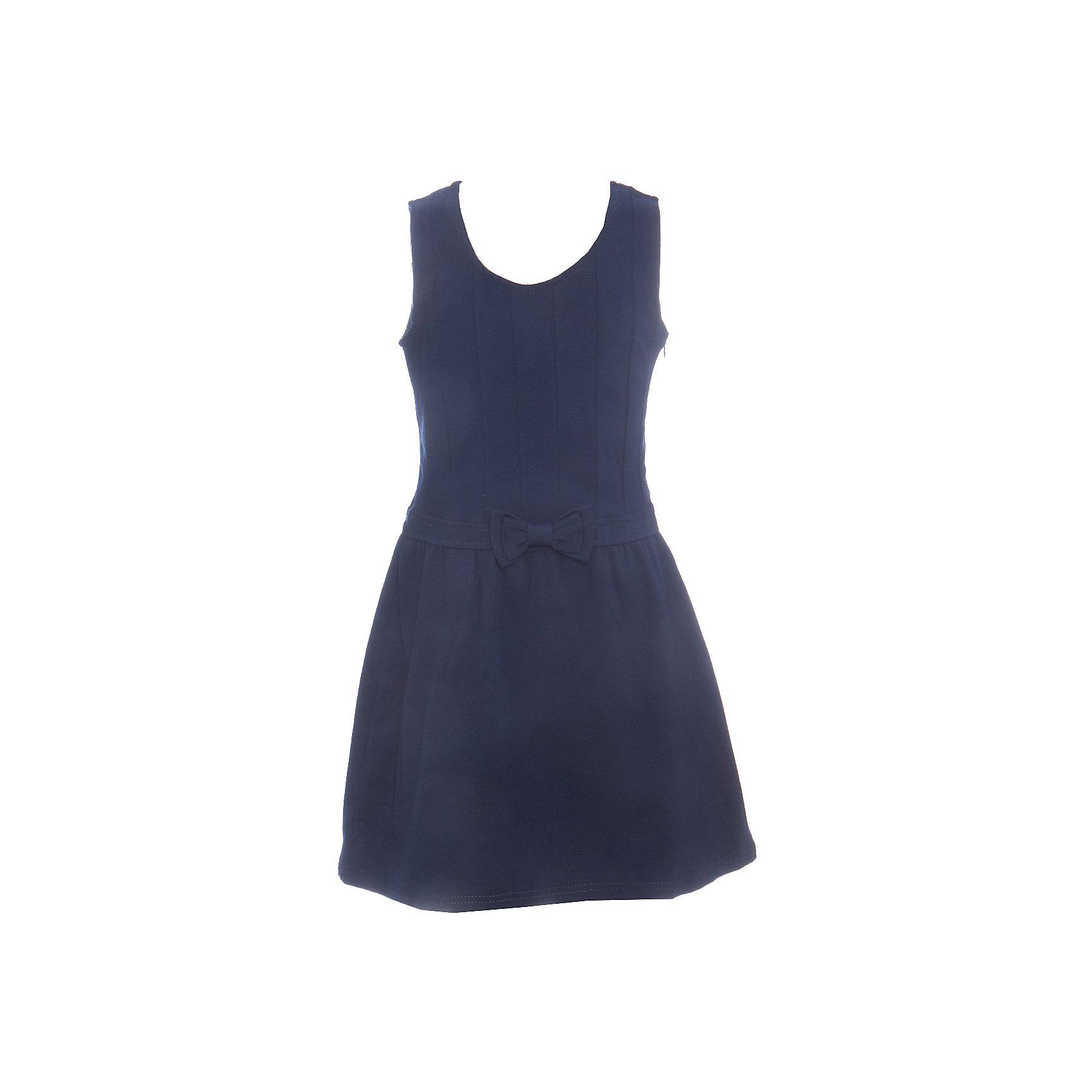 Платье для девочки LuminosoПлатья и сарафаны<br>Темно-синее трикотажное платье-сарафан для девочки приталенного кроя с овальным вырезом. Кокетка сарафана декорирована оригинальной строчкой. Талия украшена милым бантиком. Застегивается на потайную молнию.<br>Состав:<br>65% хлопок 30% полиэстер 5% эластан<br><br>Ширина мм: 236<br>Глубина мм: 16<br>Высота мм: 184<br>Вес г: 177<br>Цвет: синий<br>Возраст от месяцев: 72<br>Возраст до месяцев: 84<br>Пол: Женский<br>Возраст: Детский<br>Размер: 122,164,158,152,146,140,134,128<br>SKU: 6672797