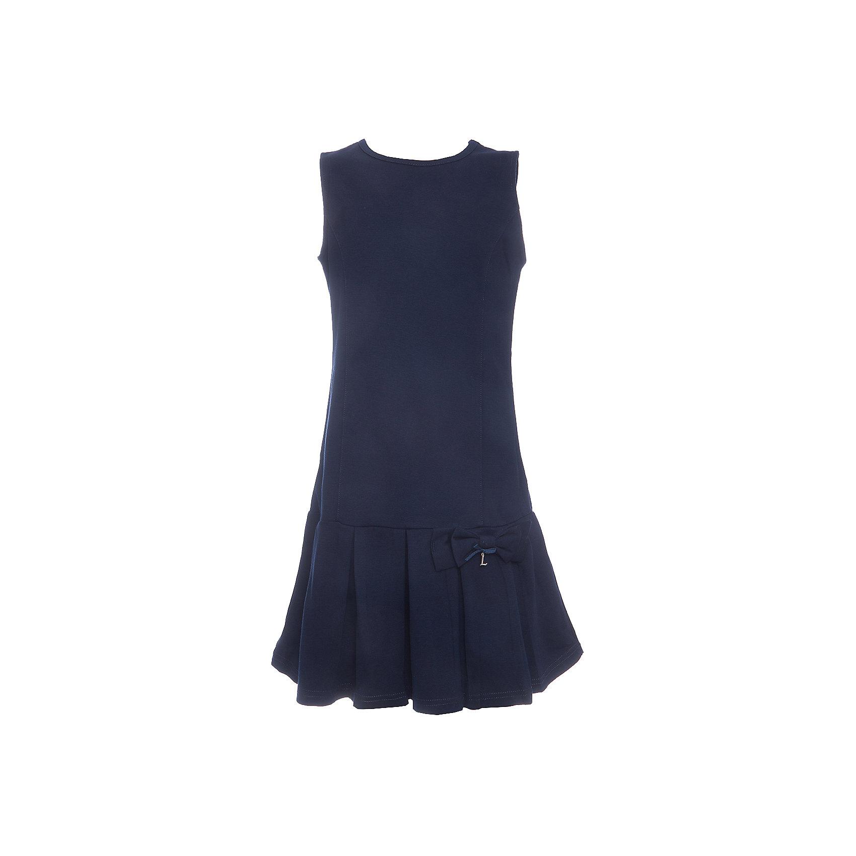 Платье для девочки LuminosoПлатья и сарафаны<br>Характеристики товара:<br><br>• цвет: синий;<br>• состав: 65% хлопок 30% полиэстер 5% эластан;<br>• сезон: демисезон;<br>• особенности: школьное, плиссированное;<br>• с коротким рукавом:<br>• юбка с плиссировкой;<br>• страна бренда: Россия;<br>• страна производства: Китай.<br><br>Темно-синее трикотажное платье-сарафан А-силуэта с округлым вырезом для девочки. Юбка декорирована плиссировкой. Школьное платье без рукавов.<br><br>Платье для девочки Luminoso (Люминосо) можно купить в нашем интернет-магазине.<br><br>Ширина мм: 236<br>Глубина мм: 16<br>Высота мм: 184<br>Вес г: 177<br>Цвет: синий<br>Возраст от месяцев: 72<br>Возраст до месяцев: 84<br>Пол: Женский<br>Возраст: Детский<br>Размер: 122,164,158,152,146,140,134,128<br>SKU: 6672851