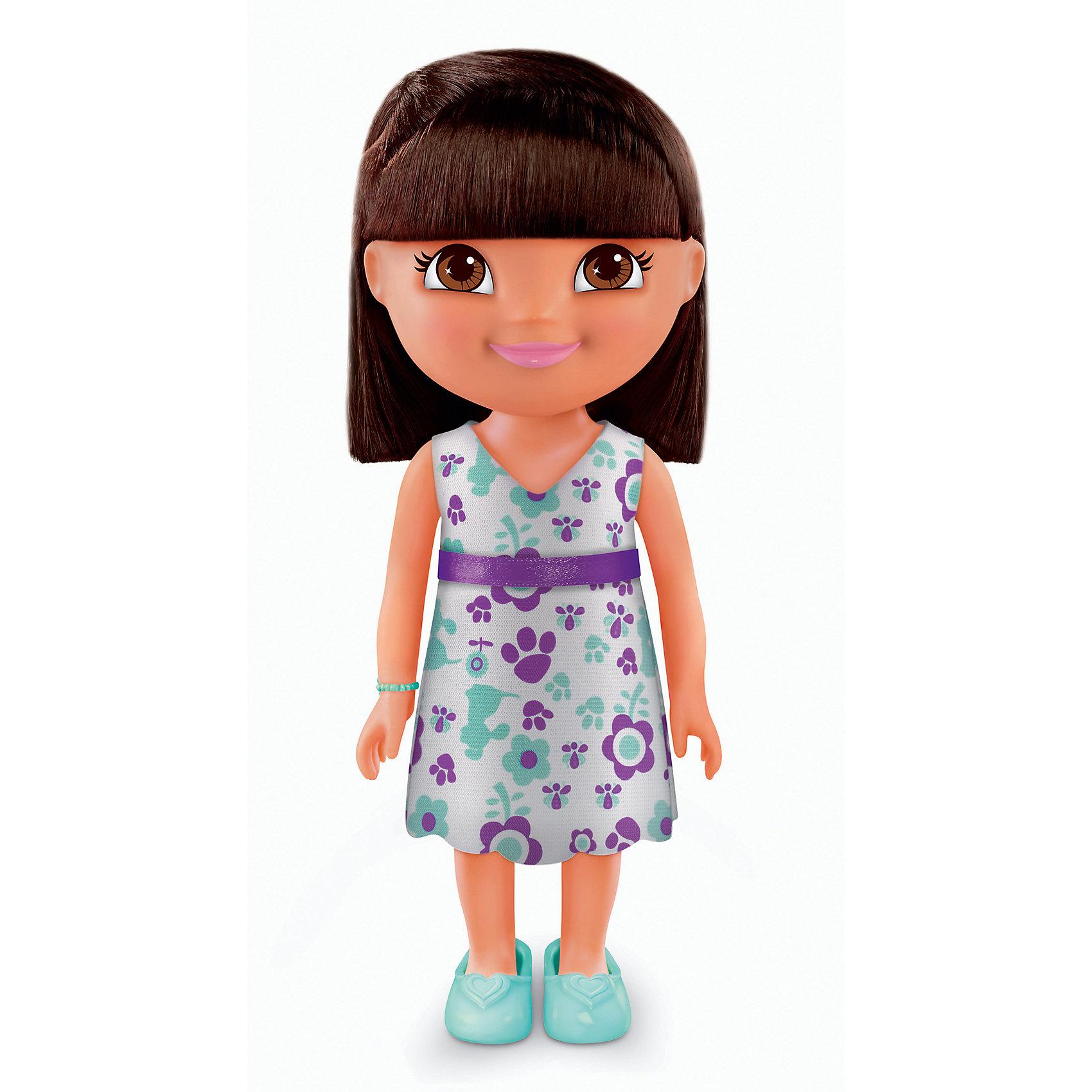 Кукла Даша-путешественница из серии Приключения каждый день, Fisher PriceКлассические куклы<br>Характеристики товара:<br><br>• возраст от 3 лет;<br>• материал: пластик, текстиль;<br>• высота куклы 22 см;<br>• размер упаковки 23х12,5х9 см;<br>• вес упаковки 238 гр.;<br>• страна производитель: Китай.<br><br>Кукла Даша-путешественница «Приключения каждый день» Fisher Price — героиня известного мультсериала про улыбчивую и любопытную Дашу, которая любит путешествовать и постоянно что-то исследовать и узнавать. Кукла одета в голубое платье с принтом, туфельки, а на руке ее любимый голубой браслет. У Даши большие глаза и мягкие темные волосы, которые можно расчесывать, заплетать и украшать. Во время увлекательной игры с куклой девочка может придумывать свои истории и сюжеты.<br><br>Куклу Дашу-путешественницу «Приключения каждый день» Fisher Price можно приобрести в нашем интернет-магазине.<br><br>Ширина мм: 125<br>Глубина мм: 90<br>Высота мм: 230<br>Вес г: 238<br>Возраст от месяцев: 36<br>Возраст до месяцев: 120<br>Пол: Женский<br>Возраст: Детский<br>SKU: 6673381