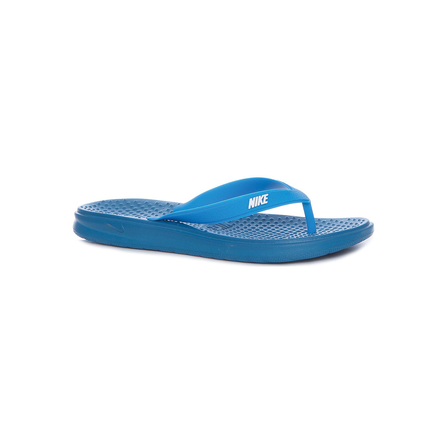 Шлепанцы NIKEПляжная обувь<br>Характеристики товара:<br><br>• цвет: синий<br>• спортивный стиль<br>• состав: полимер<br>• легкие<br>• быстросохнущий материал<br>• декорированы логотипом<br>• стелька с рельефным узором оказывает массажный эффект<br>• тип застежки: нет<br>• сезон: лето<br>• температурный режим: от +20°С<br>• устойчивая подошва<br>• хорошее сцепление с поверхностью<br>• износостойкий материал<br>• коллекция: весна-лето 2017<br>• страна бренда: США<br>• страна изготовитель: Индонезия<br><br>Продукция бренда NIKE известна высоким качеством, уникальным узнаваемым дизайном и проработанными деталями, которые создают удобство при занятиях спортом и долгой ходьбе. Качественный материал помогает этой модели обеспечить ребенку комфорт и предотвратить натирание.<br><br>Уход за такой обувью прост, она легко чистится и быстро сушится. Надевается элементарно благодаря отсутствию застежек. <br><br>Обувь качественно проработана, она долго служит, удобно сидит, отлично защищает детскую ногу от повреждений. Стильно выглядит и хорошо смотрится с одеждой разных цветов и стилей.<br><br>Шлепанцы NIKE (Найк) можно купить в нашем интернет-магазине.<br><br>Ширина мм: 248<br>Глубина мм: 135<br>Высота мм: 147<br>Вес г: 256<br>Цвет: синий<br>Возраст от месяцев: 168<br>Возраст до месяцев: 1188<br>Пол: Унисекс<br>Возраст: Детский<br>Размер: 39,35.5,37,38<br>SKU: 6676673