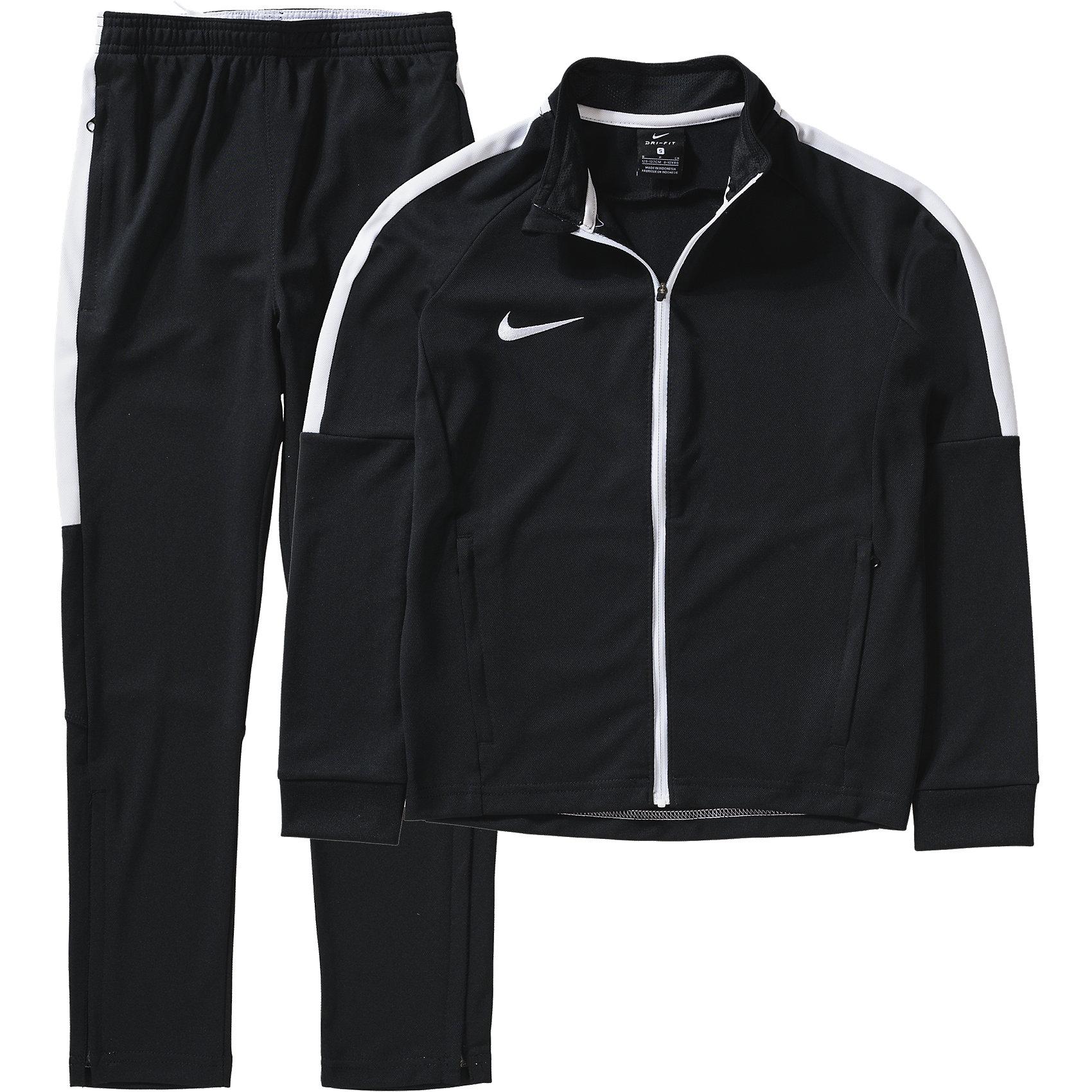 Спортивный костюм NIKEСпортивная форма<br>Характеристики товара:<br><br>• цвет: черный<br>• комплектация: курточка, брюки<br>• спортивный стиль<br>• состав: 100% полиэстер, Nike Dry<br>• мягкий пояс брюк<br>• комфортная посадка <br>• молния<br>• манжеты<br>• небольшой принт<br>• материал дарит ощущение прохлады и комфорт<br>• машинная стирка<br>• износостойкий материал<br>• страна бренда: США<br>• страна изготовитель: Индонезия<br><br>Продукция бренда NIKE известна высоким качеством и уникальным узнаваемым дизайном. Удобная посадка не сковывает движения, помогает создать для тела необходимую вентиляцию и вывод влаги.<br><br>Материал обеспечивает вещам долгий срок службы и отличный внешний вид даже после значительного количества стирок. Уход за изделием прост - достаточно машинной стирки на низкой температуре.<br><br>Качественный материал создает комфортную посадку, вещь при этом смотрится очень стильно. Благодаря универсальному цвету она отлично смотрится с разной одеждой и обувью.<br><br>Спортивный костюм NIKE (Найк) можно купить в нашем интернет-магазине.<br><br>Ширина мм: 286<br>Глубина мм: 222<br>Высота мм: 78<br>Вес г: 582<br>Цвет: черный<br>Возраст от месяцев: 120<br>Возраст до месяцев: 192<br>Пол: Мужской<br>Возраст: Детский<br>Размер: 158/170<br>SKU: 6681970