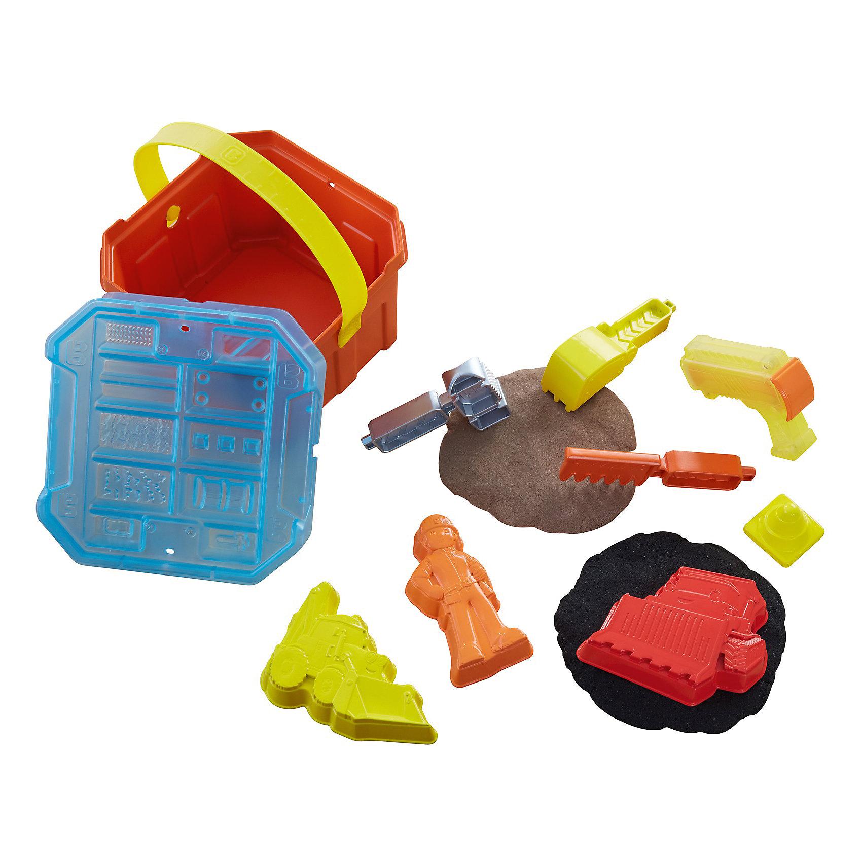 Игровой набор Fisher-Price Боб-строитель Контейнер для строительства и песокИгрушки для песочницы<br>Характеристики товара:<br><br>• возраст: от 3 лет<br>• материал: пластик;<br>• пластилин: 2 баночки по 141гр.<br>• размер упаковки: 11,5X15X15 см;<br>• страна бренда: США<br>• страна изготовоитель: Китай<br><br>Ящичек «Смешивай и лепи» позволит почувствовать себя настоящими строителями. С помощью песка «Смешивай и лепи» в двух цветах дети смогут лепить кирпичи и строить из них стены, скрепляя их песком другого цвета. <br><br>В этом деле им помогут Боб-строитель™, Скуп и Мак: для каждого персонажа предусмотрена своя формочка с тщательно проработанными деталями. <br><br>В комплект также входят четыре различных инструмента для лепки. Отдельно стоит отметить экструдер: он формирует из песка блоки, из которых легко построить что угодно!<br><br>Игровой набор Fisher-Price Боб-строитель Контейнер для строительства и песок можно купить в нашем интернет-магазине.<br><br>Ширина мм: 152<br>Глубина мм: 154<br>Высота мм: 116<br>Вес г: 654<br>Возраст от месяцев: 36<br>Возраст до месяцев: 72<br>Пол: Мужской<br>Возраст: Детский<br>SKU: 6682476