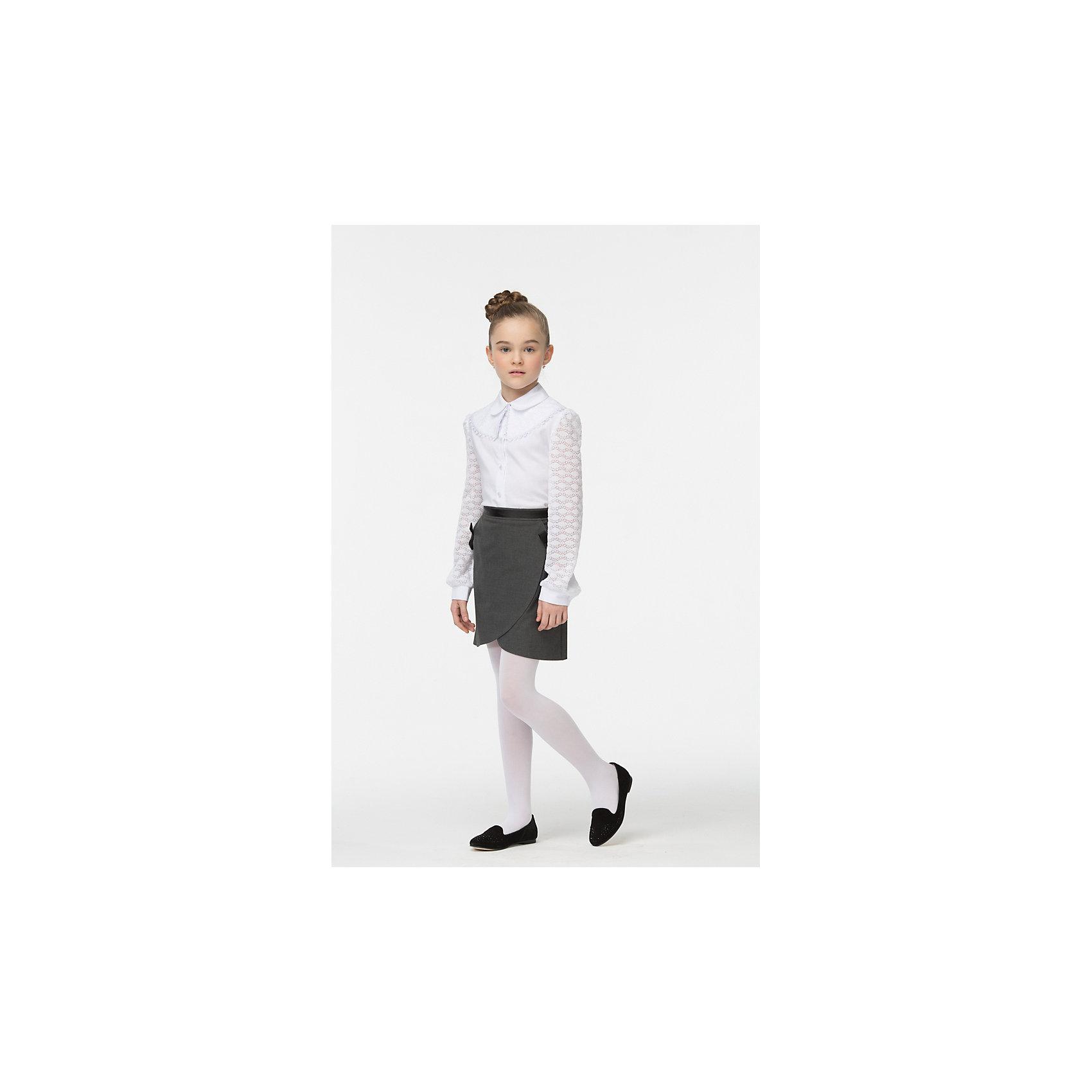 Блузка для девочки СменаБлузки и рубашки<br>Характеристики товара:<br><br>• цвет: белый<br>• состав: 70% хлопок, 27% полиэстер, 3% полиуретан <br>• сезон: демисезон<br>• особенности: школьная<br>• съемный воротник<br>• приятная на ощупь ткань<br>• длинные рукава<br>• страна бренда: Российская Федерация<br>• страна производства: Российская Федерация<br><br>Школьная блузка с длинным рукавом для девочки. Белая блузка застегивается на пуговицы, у блузки ажурные рукава и съемный ажурный воротник на пуговице.<br><br>Блузку для девочки Смена можно купить в нашем интернет-магазине.<br><br>Ширина мм: 186<br>Глубина мм: 87<br>Высота мм: 198<br>Вес г: 197<br>Цвет: белый<br>Возраст от месяцев: 156<br>Возраст до месяцев: 168<br>Пол: Женский<br>Возраст: Детский<br>Размер: 164,122,128,134,140,146,152,158<br>SKU: 6683901