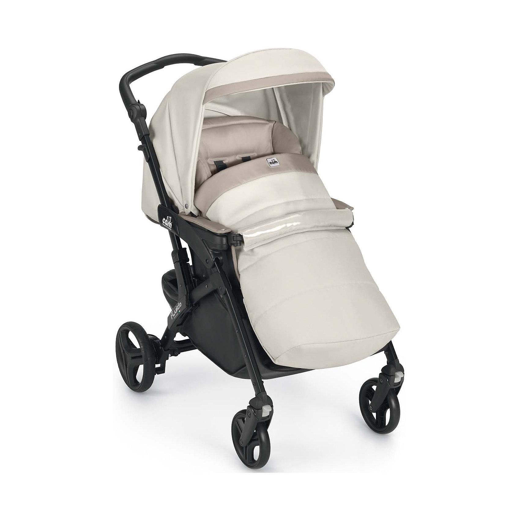 Прогулочная коляска CAM Fluido Allegria, молочный/бежевыйКоляски<br>Характеристики:<br><br>Прогулочный блок:<br><br>• регулируемая спинка: 4 положения вплоть до горизонтального;<br>• регулируемая подножка: 2 положения;<br>• 5-ти точечные ремни безопасности;<br>• имеются подлокотники;<br>• съемный бампер;<br>• реверсивный прогулочный блок;<br>• капюшон оснащен солнцезащитным козырьком;<br>• утепленный чехол на ножки;<br>• ширина спального места: 35 см;<br>• вес прогулочного блока: 10,3 кг;<br>• материал: пластик, полиэстер, колеса - полиуретан.<br><br>Шасси:<br><br>• передние поворотные колеса с функцией блокировки;<br>• амортизация;<br>• ножной тормоз;<br>• регулируемая по высоте ручка коляски, 3 положения;<br>• корзина для покупок;<br>• материал рамы: алюминий;<br>• механизм складывания коляски: книжка;<br>• подножка-упор для вертикального положения коляски в сложенном виде;<br>• ручка для транспортировки коляски в сложенном виде.<br><br>Размеры:<br><br>• размер коляски: 84х56х101 см;<br>• размер коляски в сложенном виде: 56х26х82 см;<br>• высота ручки: 95-112 см;<br>• вес коляски: 7,2 кг;<br>• диаметр колес: 14,5 см, 17,5 см.<br><br>Прогулочная коляска с регулируемым наклоном спинки и регулируемым положением подножки позволяет разложить спинку вплоть до горизонтального положения и поднять подножку, удлиняя тем самым спальное место. Чехол на ножки согревает малыша в холодное время, позволяя совершать прогулки даже в зимнюю пору. Регулируемая по высоте ручка коляски и возможность установить прогулочный блок как лицом к маме, так и лицом к окружающему миру позволяет выбрать оптимальное положение во время прогулок с малышом.  <br><br>Прогулочную коляску Fluido Allegria, молочный/бежевый, CAM можно купить в нашем интернет-магазине.<br><br>Ширина мм: 512<br>Глубина мм: 325<br>Высота мм: 810<br>Вес г: 8800<br>Возраст от месяцев: 0<br>Возраст до месяцев: 36<br>Пол: Унисекс<br>Возраст: Детский<br>SKU: 6725568